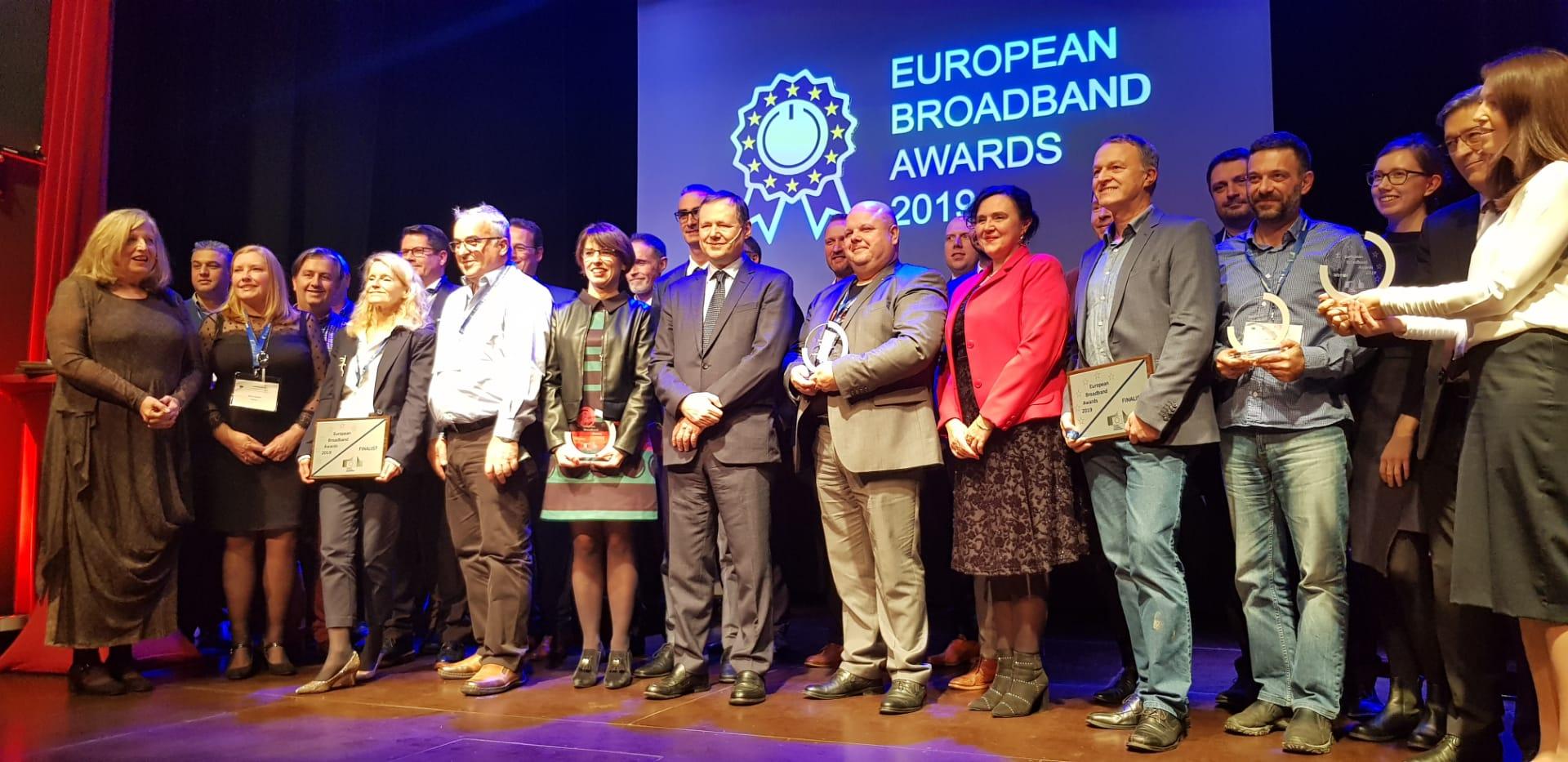 premio_europeo_banda_ancha_98EB42477487.jpeg