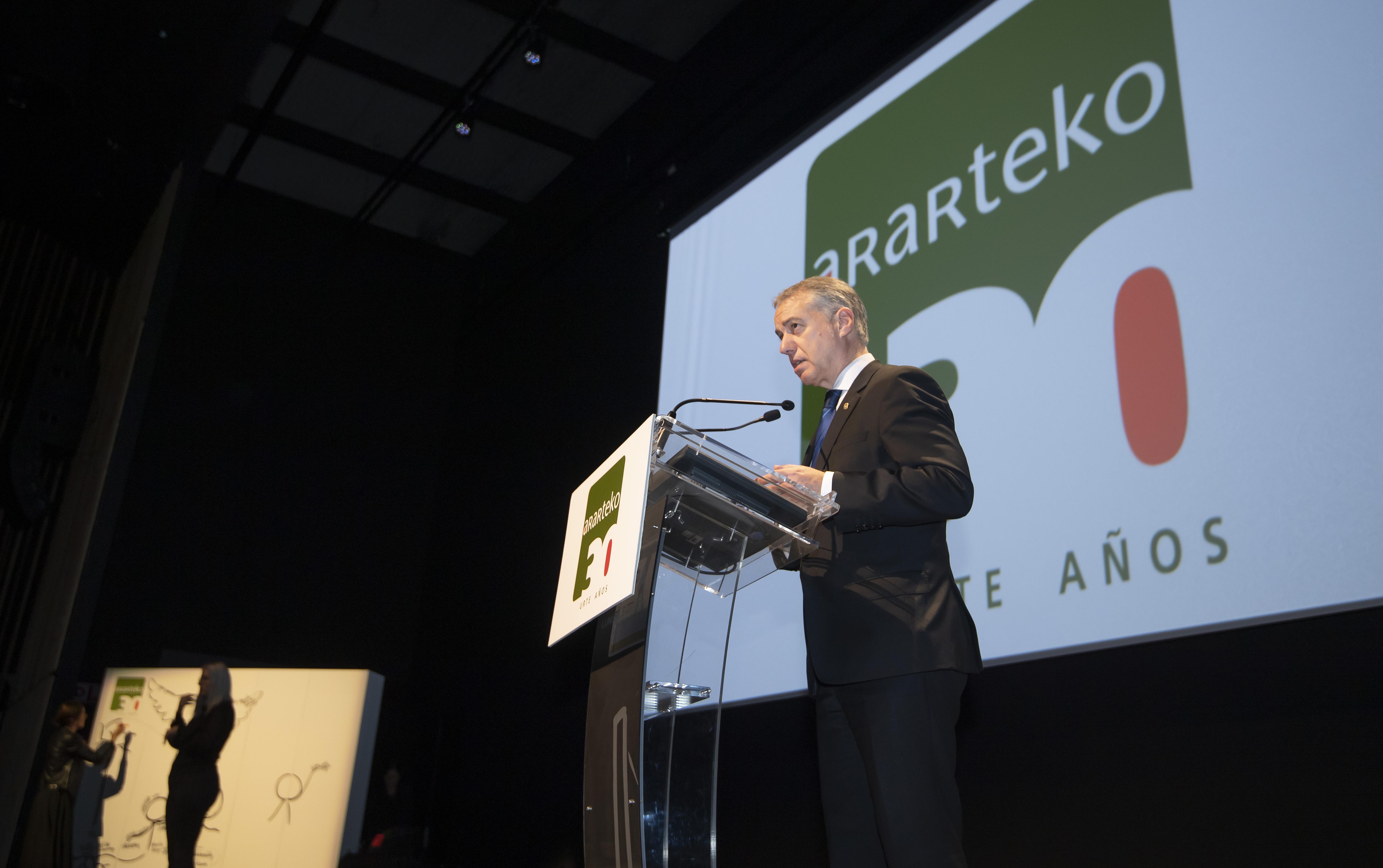 El Lehendakari agradece la labor del Ararteko en su 30 aniversario