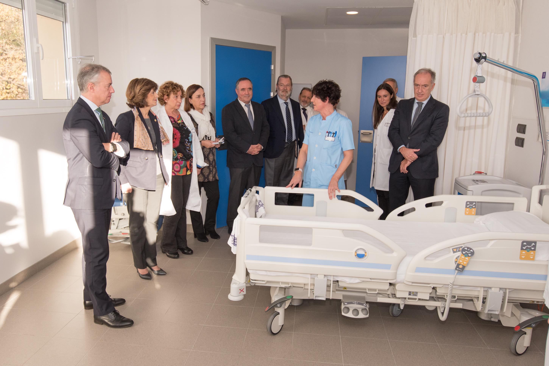 Urtero 1.200 pazienteri zerbitzu hobea emango dien Santa Marina Ospitaleko 2. Solairu berritua bisitatu du Lehendakariak