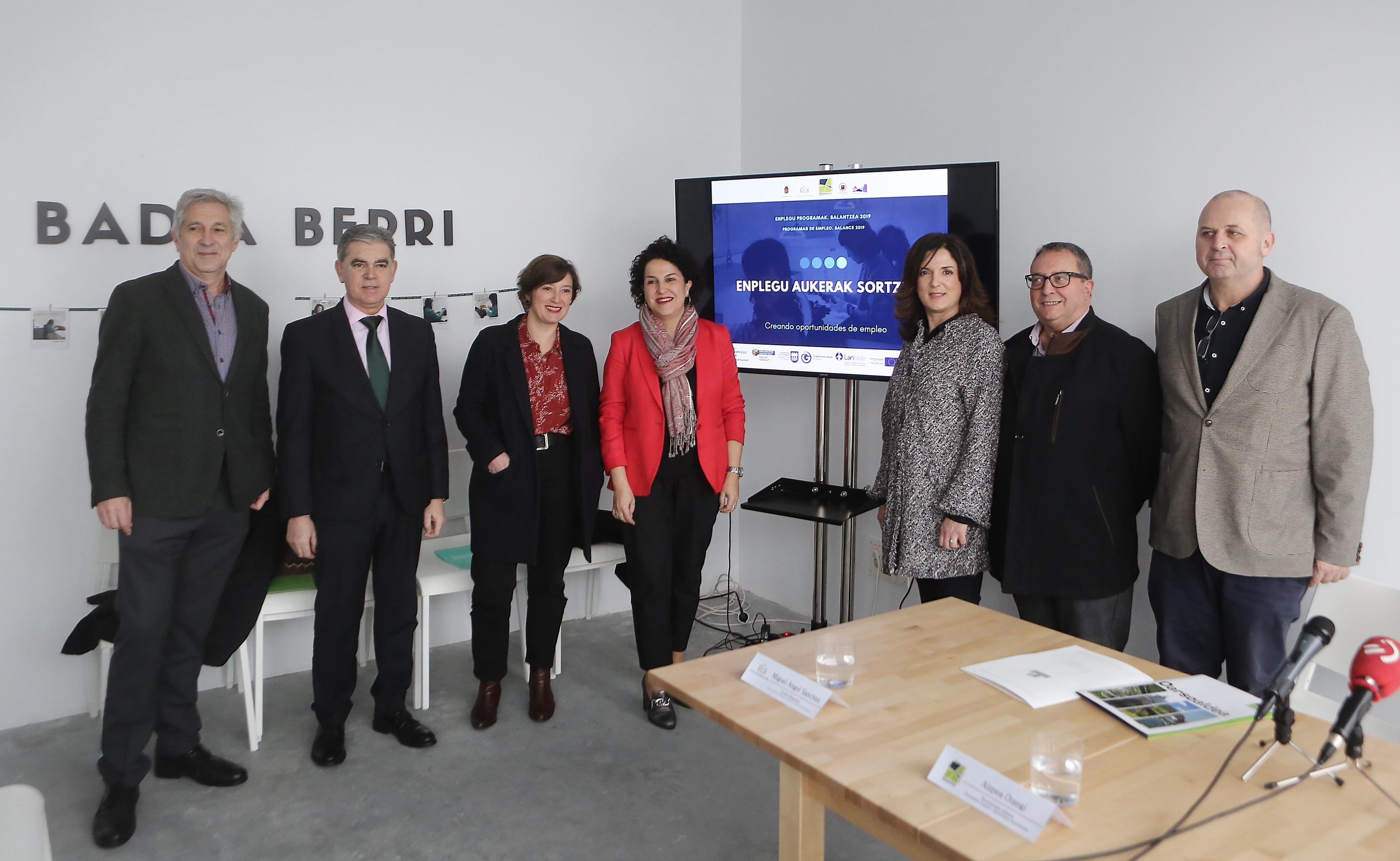 La acción conjunta de Ayuntamientos, Diputación de Gipuzkoa y Lanbide propicia una inversión superior a los 2,5 millones en programas de empleo en Oarsoaldea