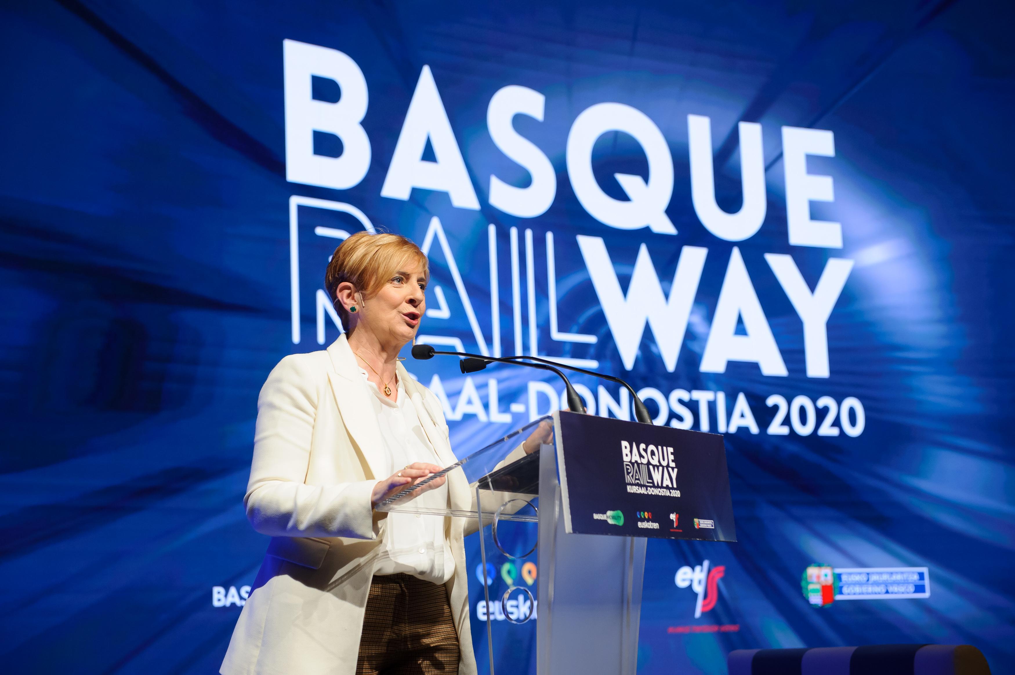 """Tapia subraya en la jornada Basque Railway que la puesta en servicio de la alta velocidad supondrá """"una revolución en la movilidad en Euskadi"""" [10:43]"""