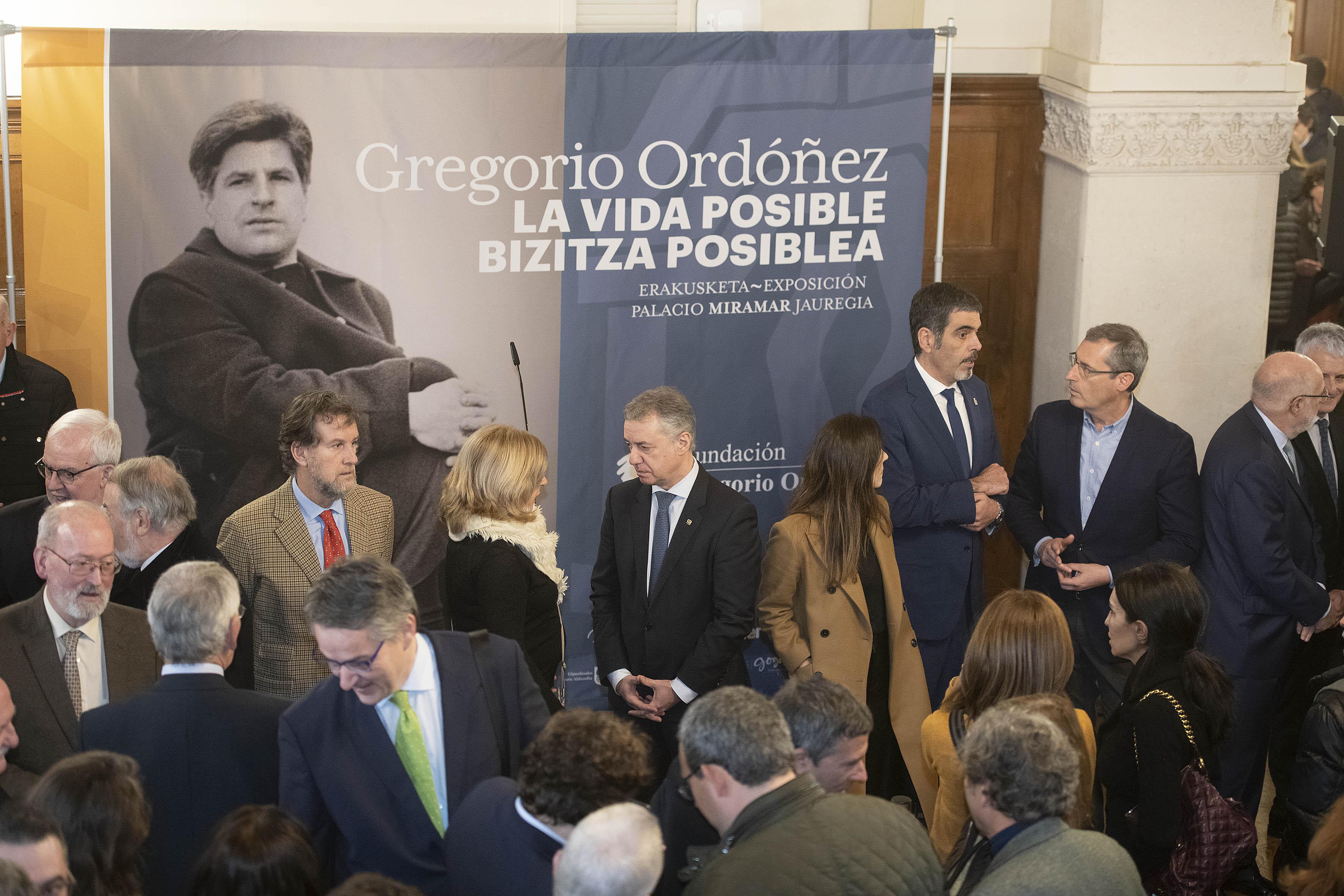 """Lehendakaria """"Gregorio Ordoñez, Bizitza posiblea"""" erakusketaren inaugurazioan izan da [0:54]"""