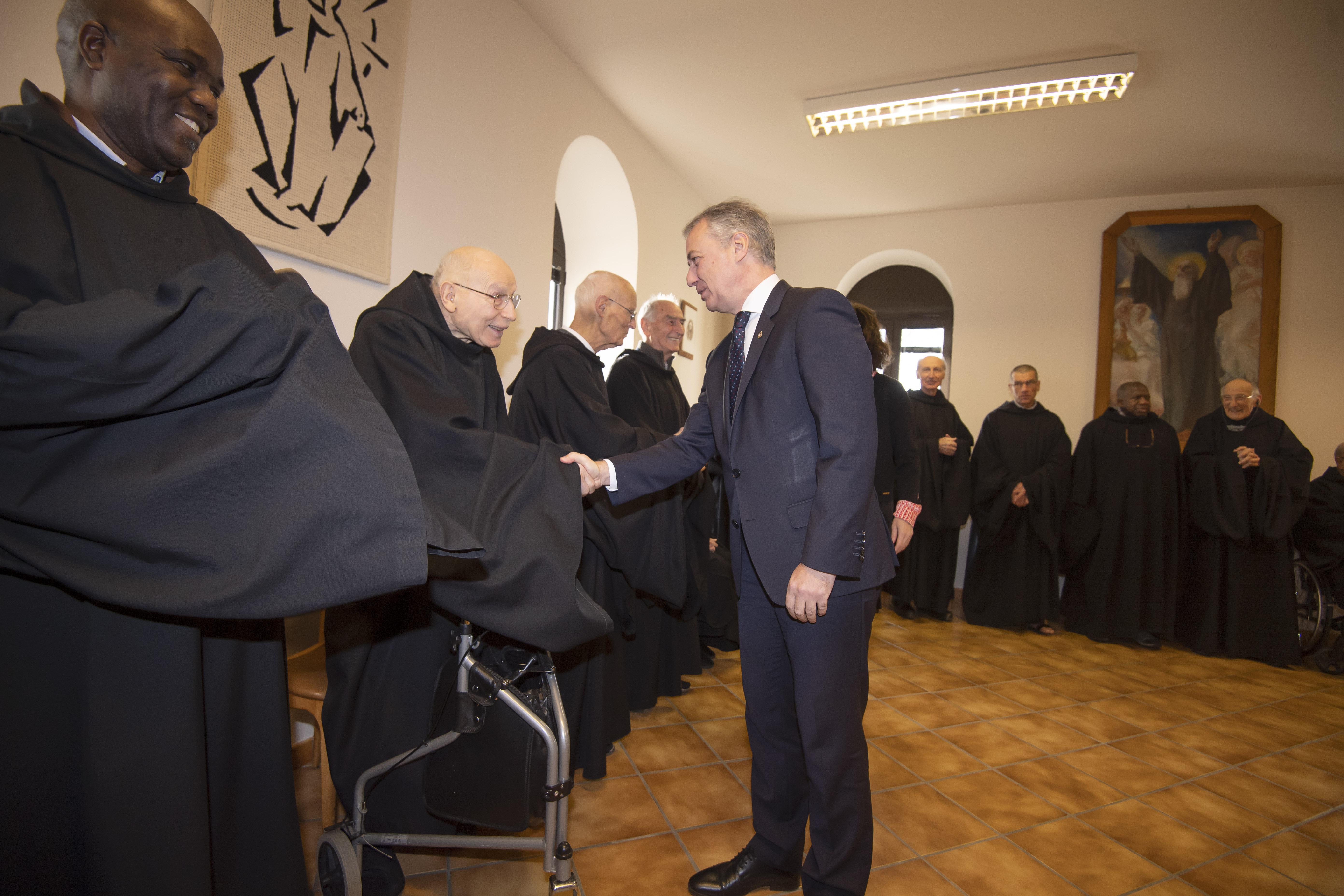El Gobierno Vasco y Gogora homenajean a los monjes benedictinos del Monasterio de Belloc por la asistencia y protección ofrecida a ciudadanos vascos  entre 1936 y 1940 [11:33]
