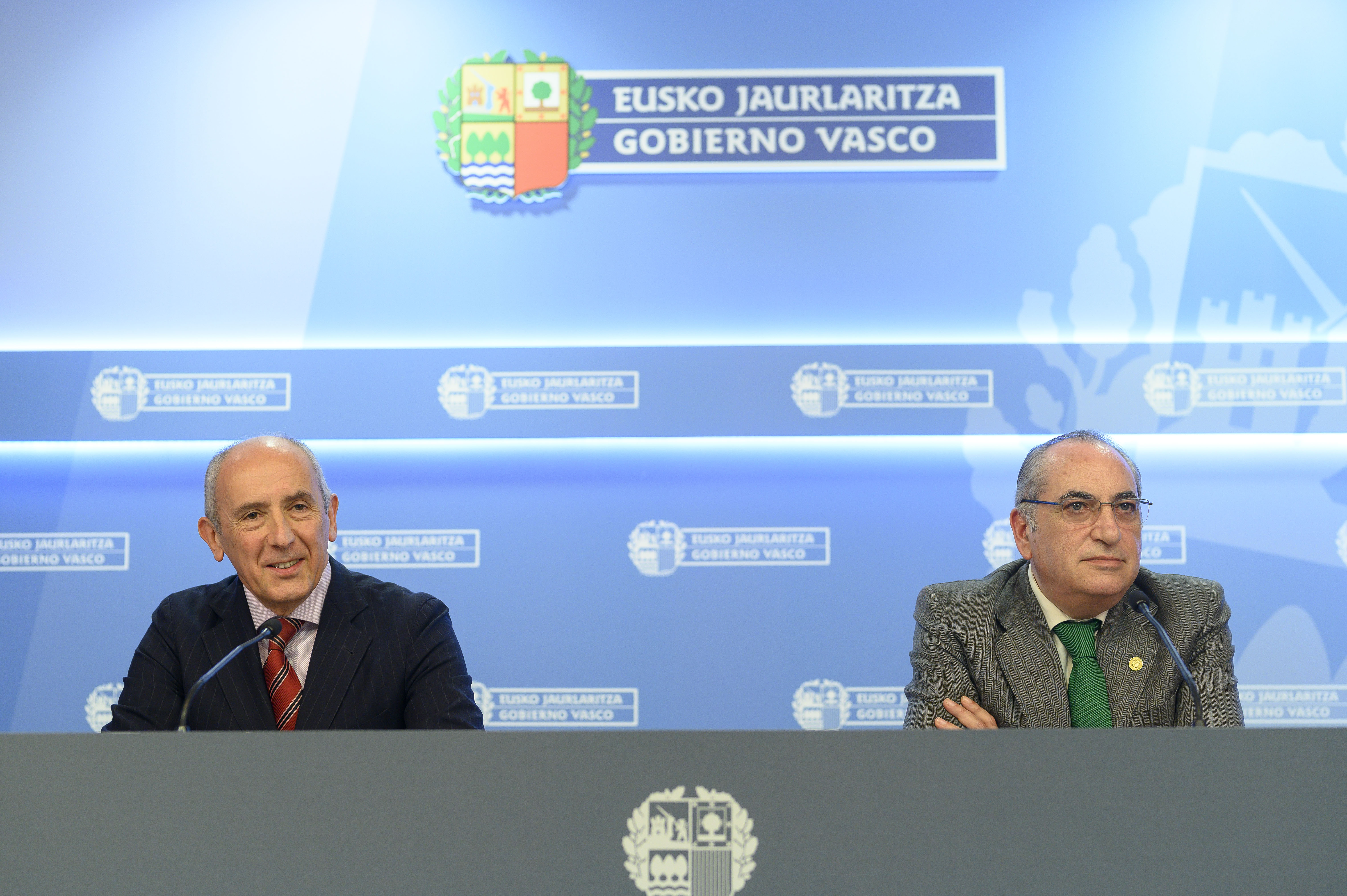 El Lehendakari pide a las y los consejeros del Gobierno Vasco compartir una reflexión sobre la situación política e institucional [43:11]