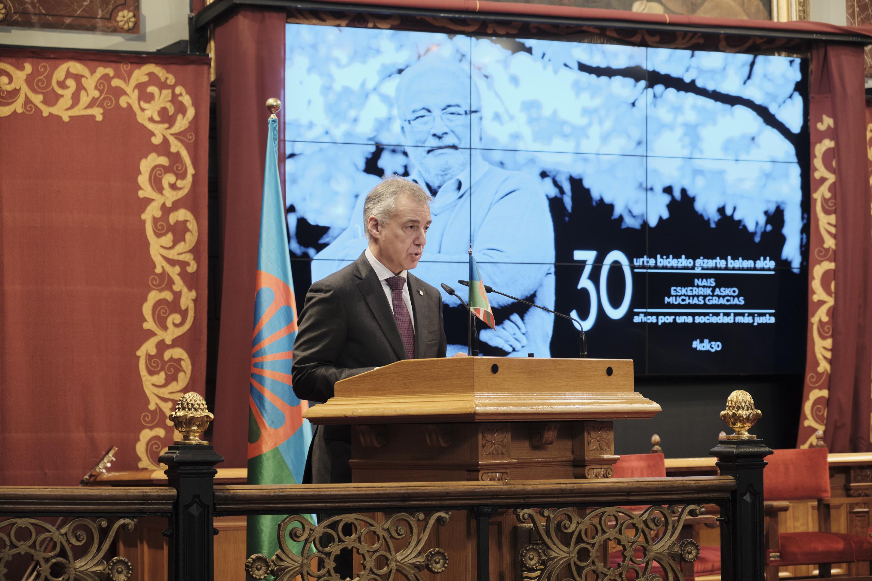 Kale Dor Kayiko ijitoen elkartearen 30. urteurrenean izan da Lehendakaria