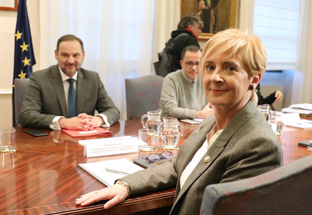Gobierno Vasco y Ministerio analizan que Euskadi asuma las obras de los accesos del TAV de Bilbao y Vitoria-Gasteiz