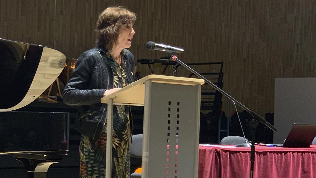 Cristina Uriarte participa en la Jornada sobre las Altas Capacidades Intelectuales [12:03]