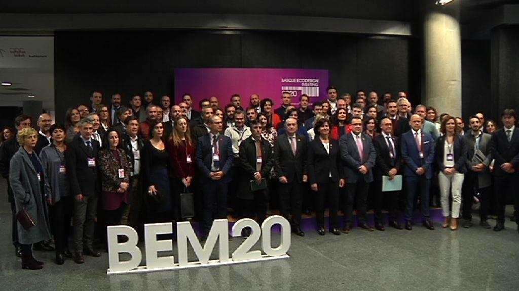 """El Consejero de Medio Ambiente reivindica la necesidad de """"replantear el modelo de gestión de residuos"""" y de implantar una tasa ecológica durante la apertura del Basque Ecodesign Meeting 2020  [13:34]"""