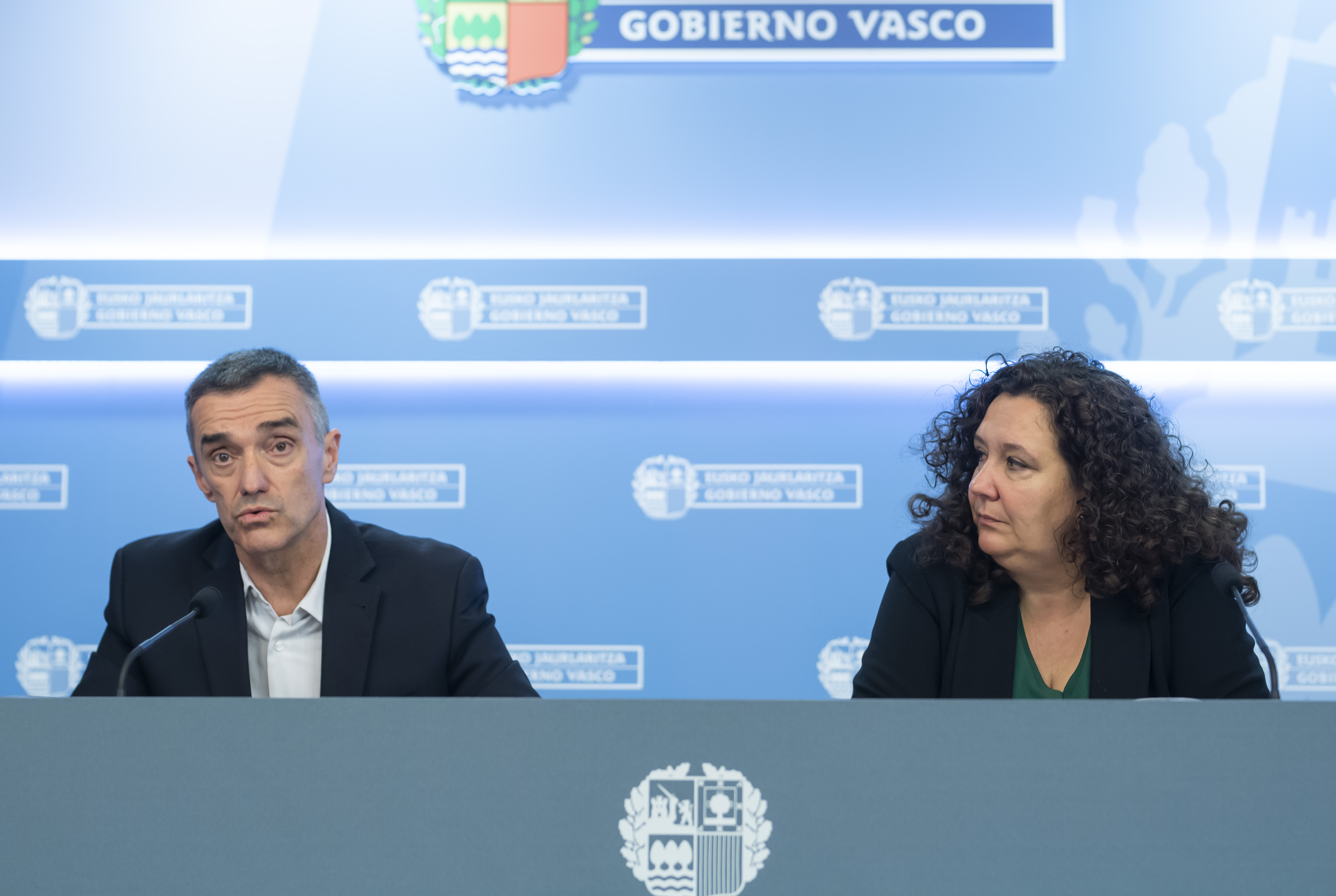 El Gobierno Vasco pide una reacción urgente a la UE ante la crisis humanitaria que sufren las personas refugiadas en la frontera entre Turquía y Grecia [16:27]
