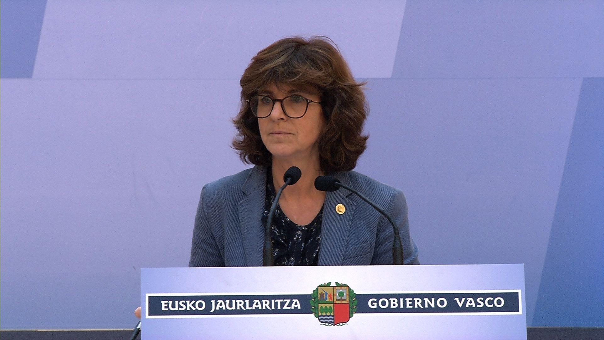 El Gobierno Vasco refuerza las medidas para contener la expansión del coronavirus con la suspensión temporal de la actividad docente presencial en los centros educativos de Araba y de Balmaseda