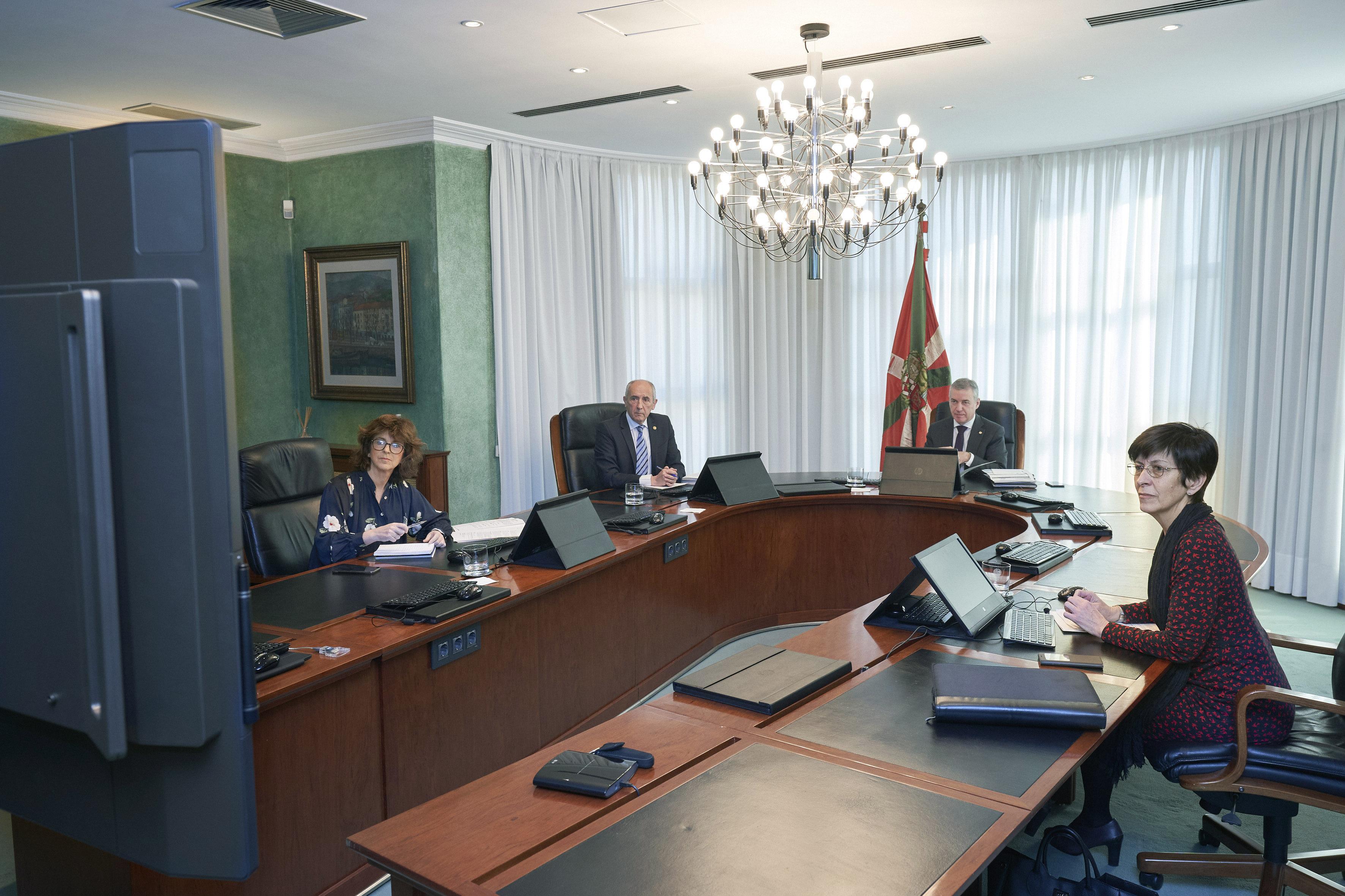 El Lehendakari preside por videoconferencia la reunión del Consejo de Gobierno