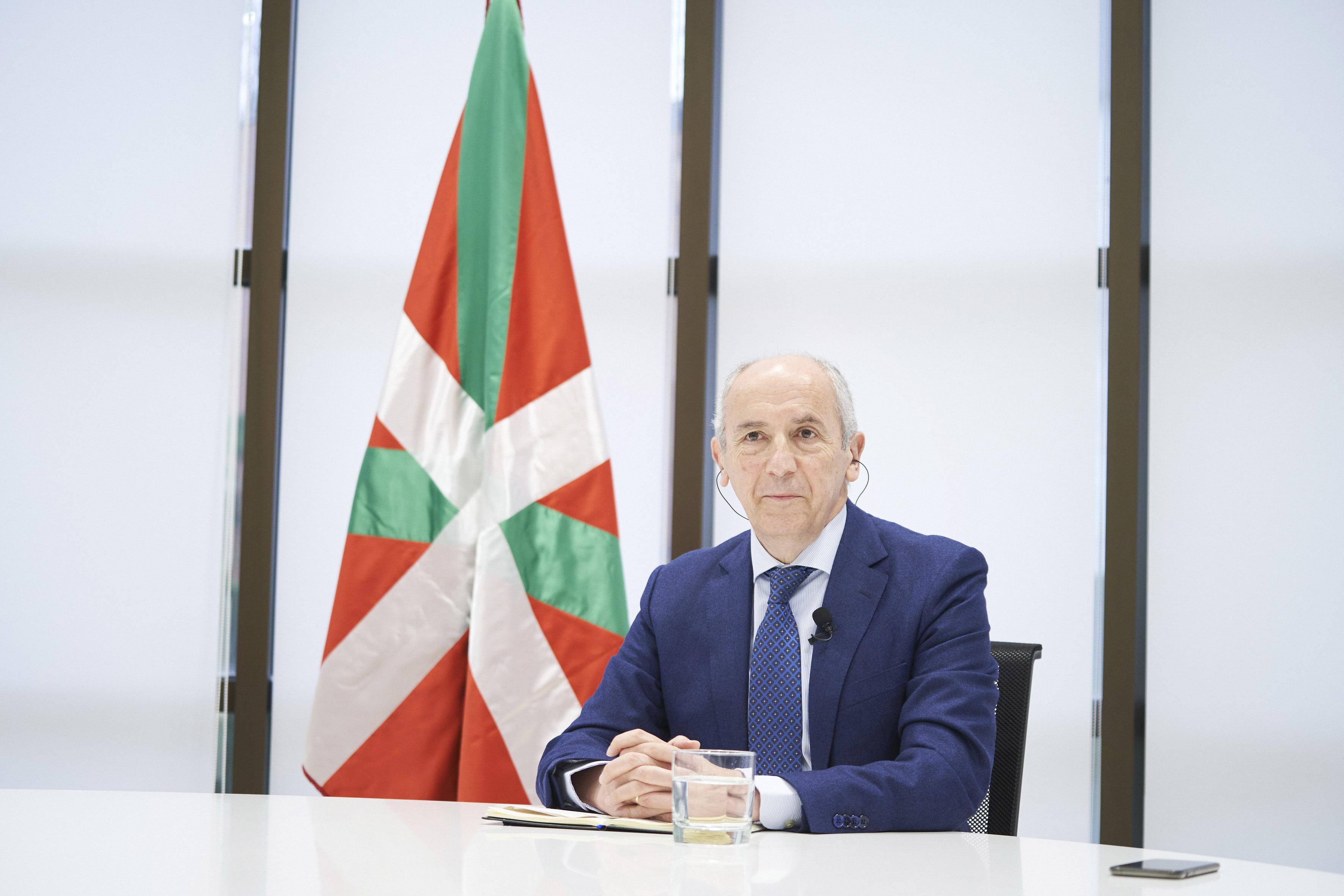 """Josu Erkoreka: """"En algunos temas nos hemos anticipado clarísimamente, las primeras medidas pioneras se adoptaron en Euskadi"""""""
