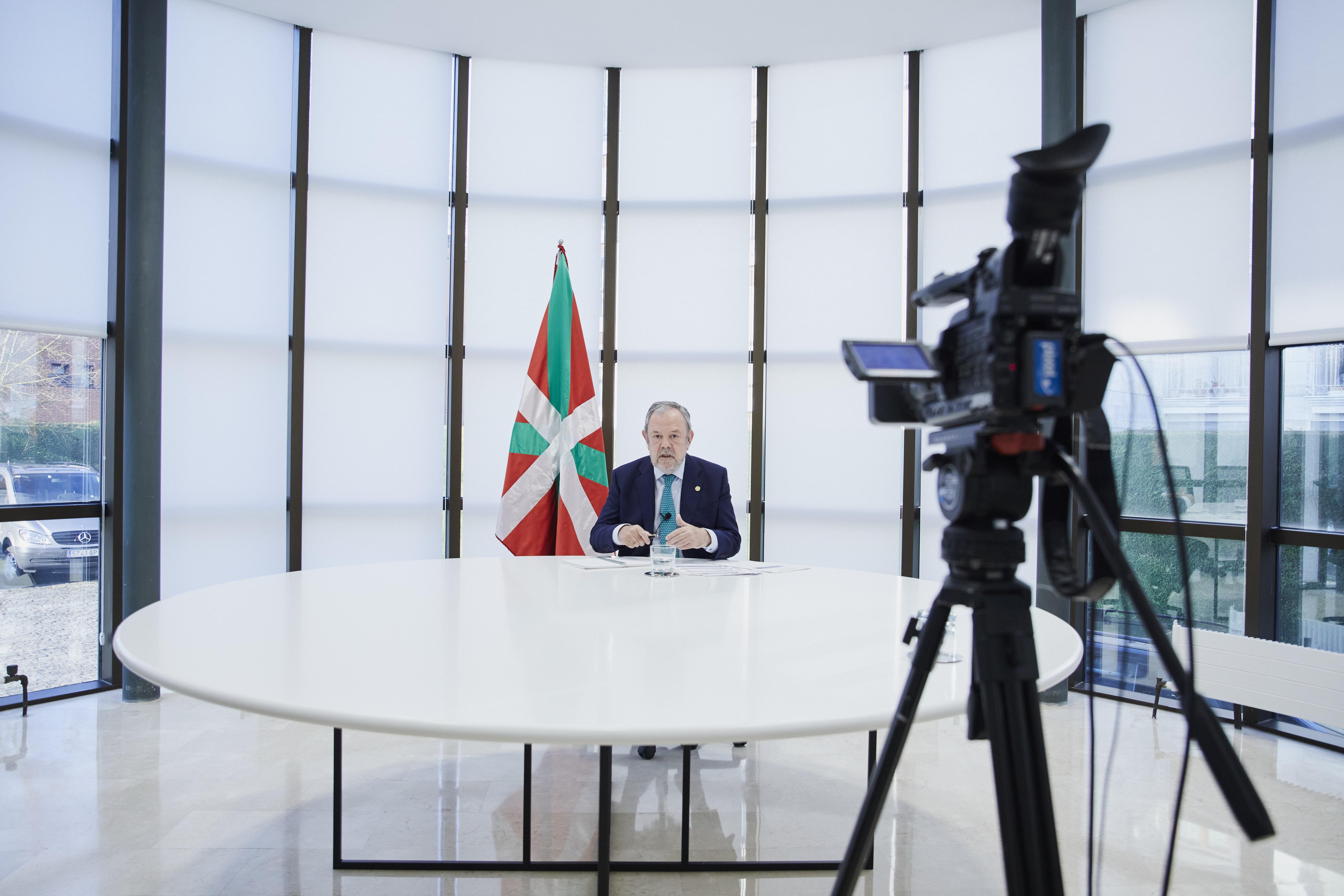 2020.04.08_Azpiazu_Radio_Euskadi_007.jpg