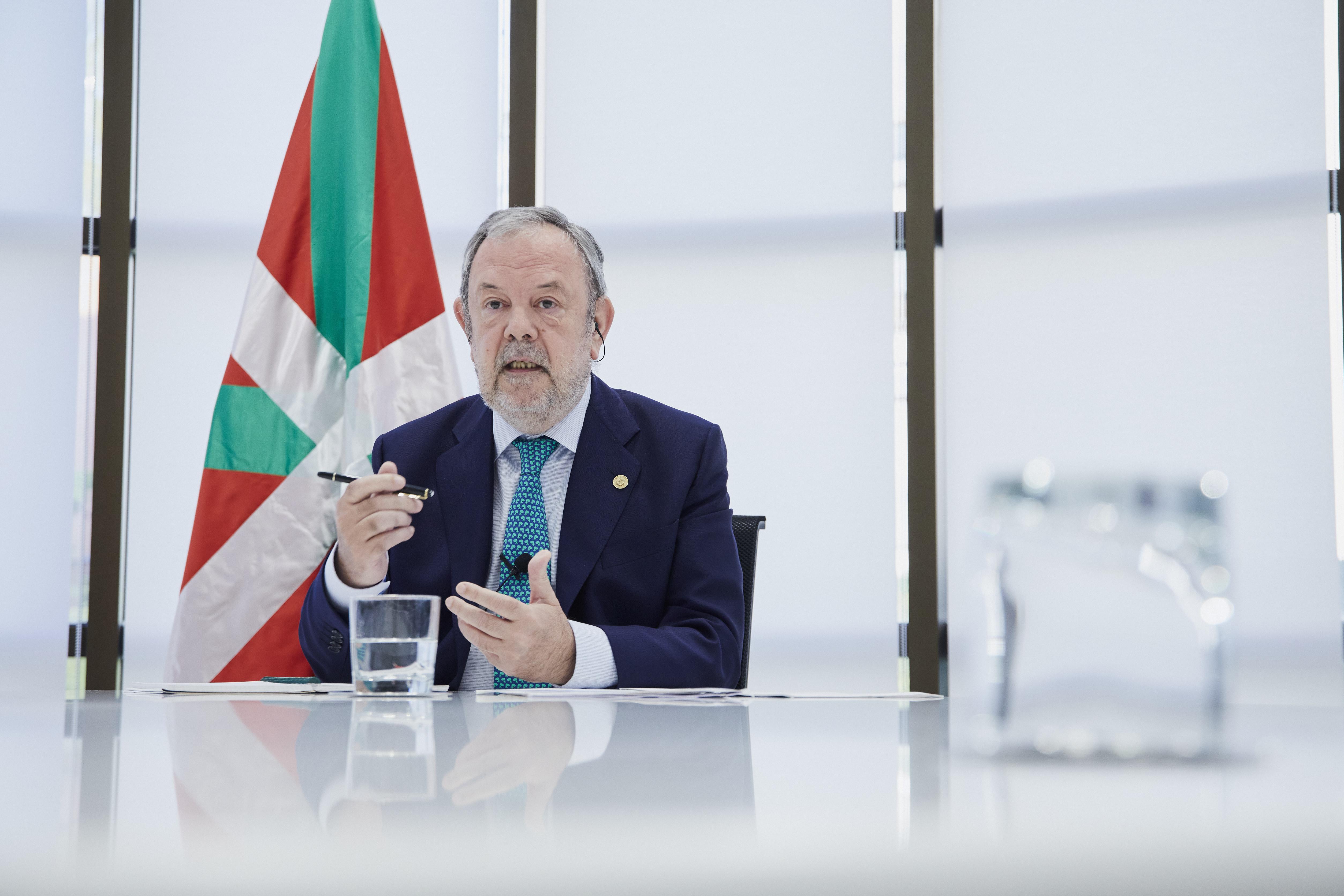 """Entrevista a Pedro Azpiazu en el programa """"Boulevard"""" de Radio Euskadi"""
