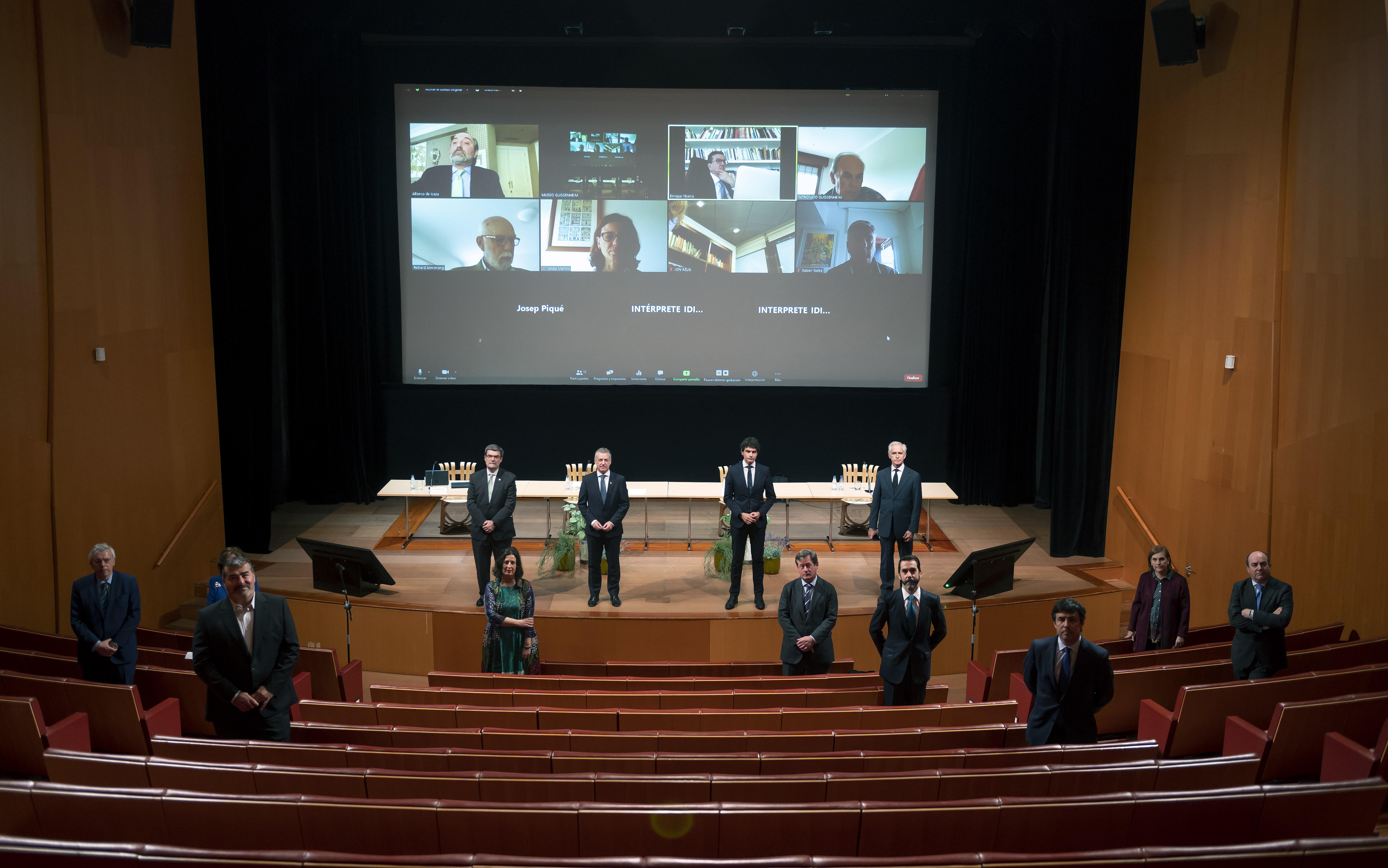 El Lehendakari ha presidido la reunión del Patronato del Museo Guggenheim [1:20]