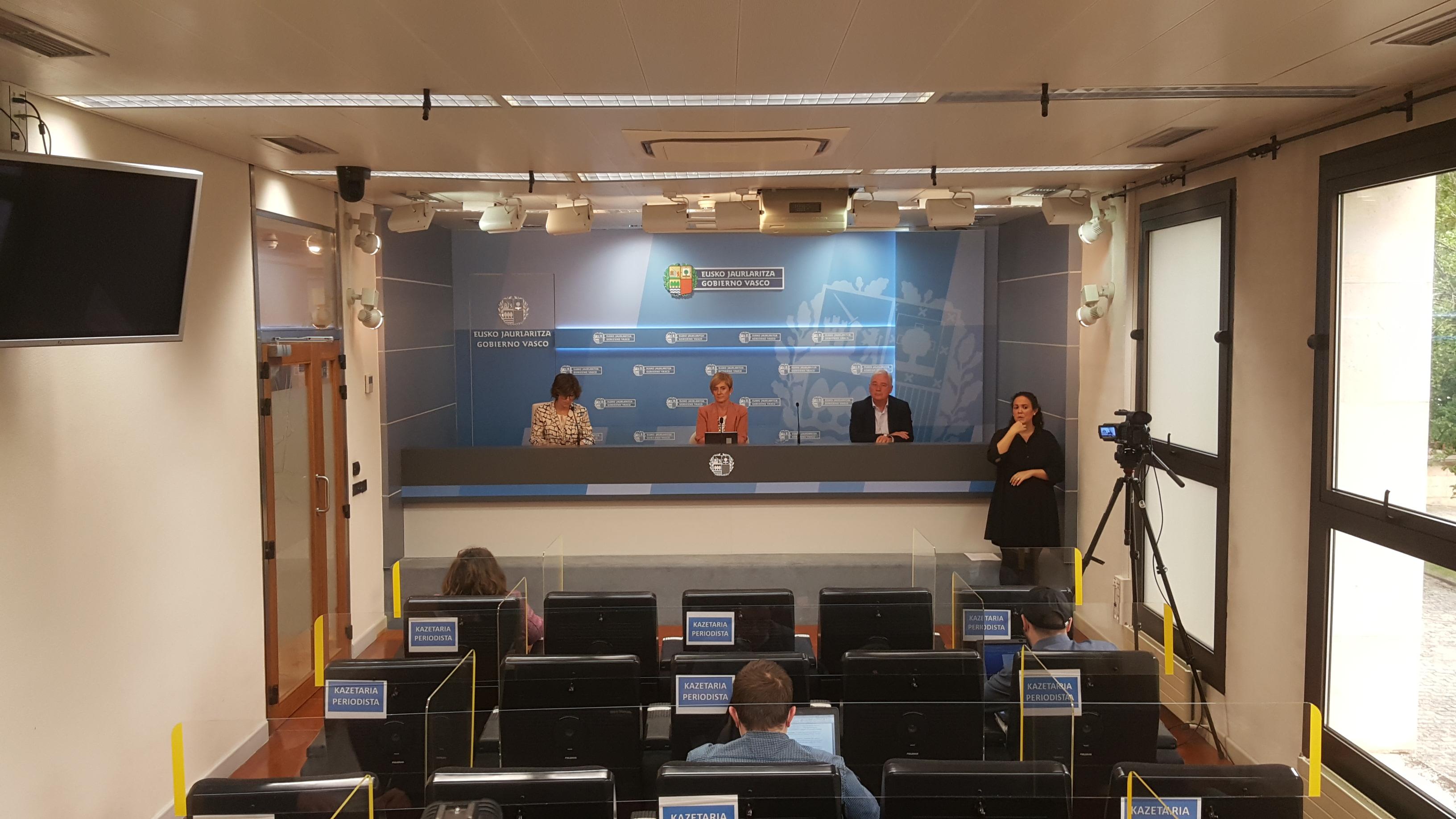 El cribado de posibles casos confirma COVID19 en el 30% de pacientes diagnosticados clínicamente en Euskadi durante el pico de la pandemia [46:19]