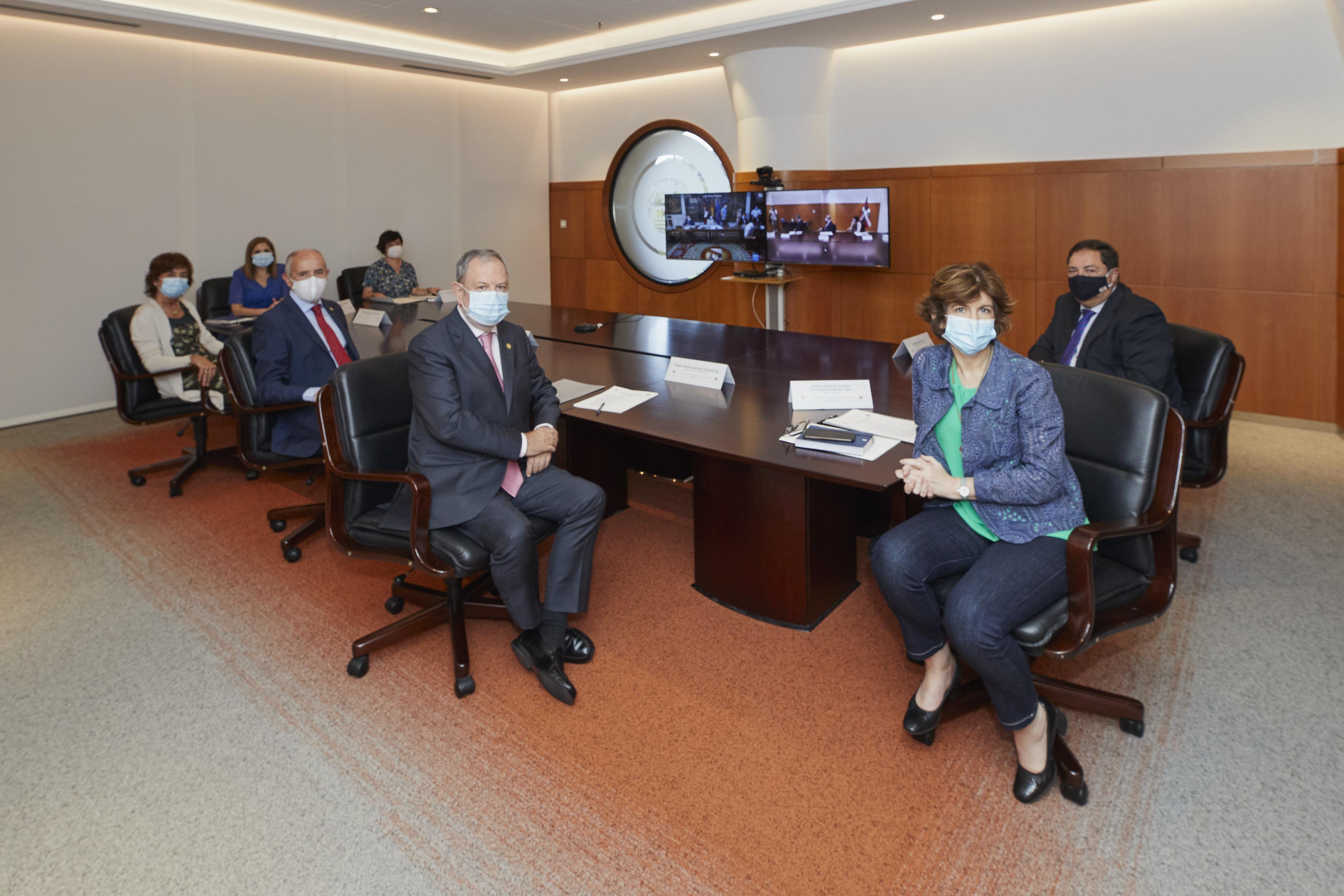 Los Gobiernos vasco y español acuerdan tres nuevas transferencias en el marco del compromiso bilateral para completar el Estatuto de Gernika  [0:50]