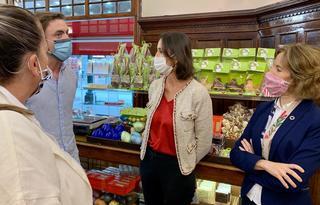 Perez visita comercios