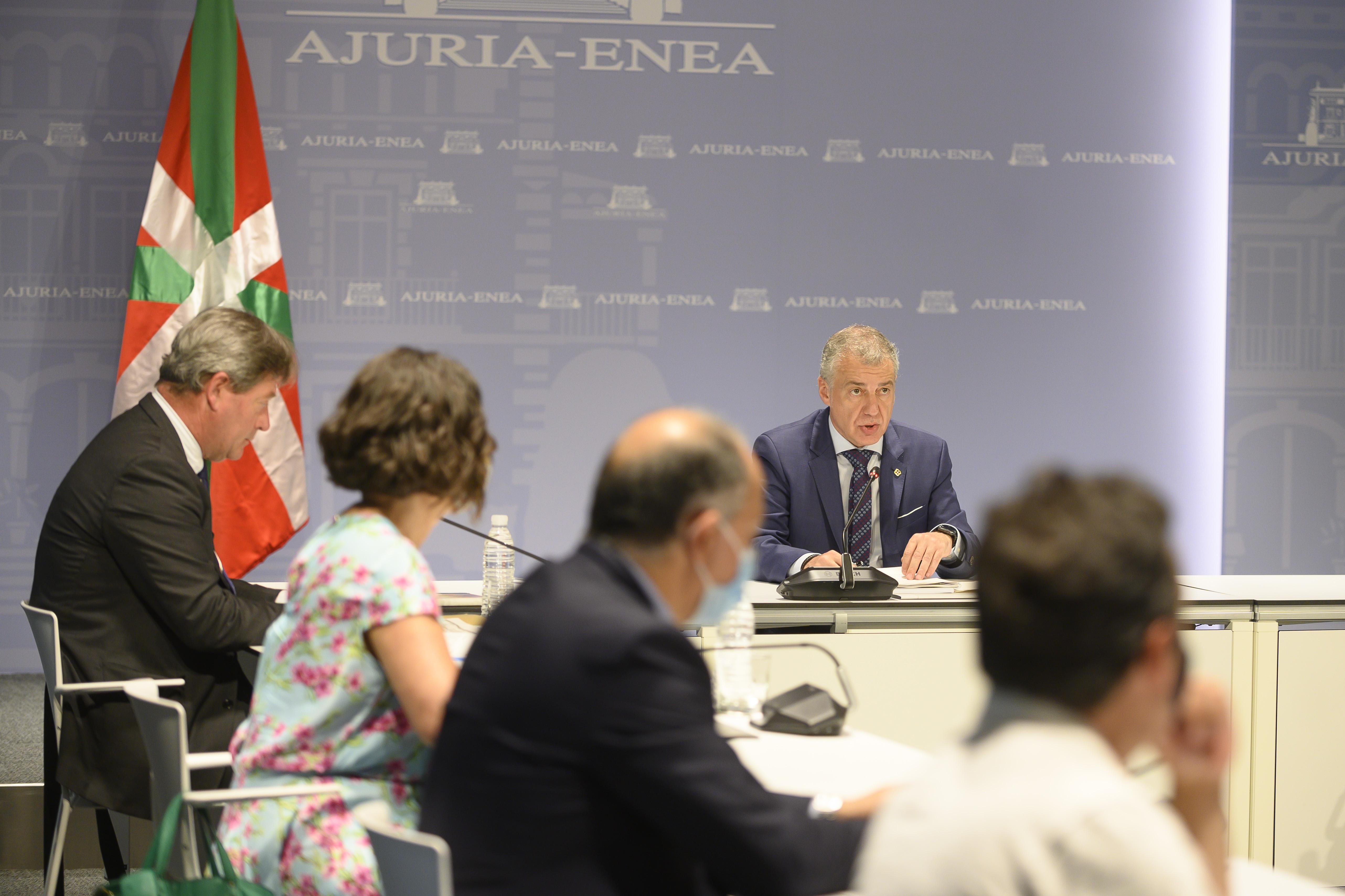 El Lehendakari Iñigo Urkullu ha presidido esta tarde la reunión del Patronato del Instituto Vasco Etxepare     [0:00]