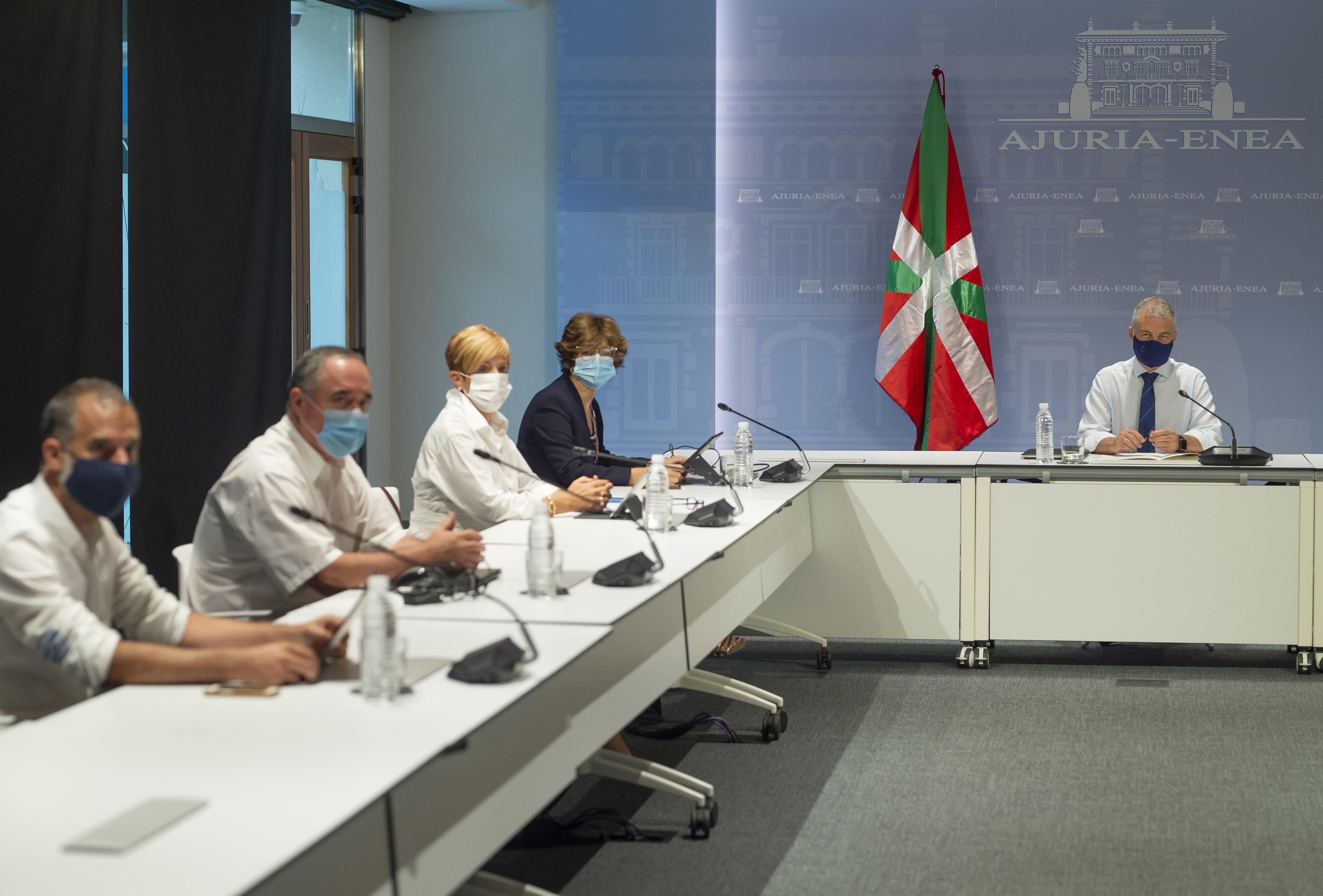 El Lehendakari preside la reunión de la comisión de seguimiento del Covid-19 para analizar la situación epidemiológica [0:00]