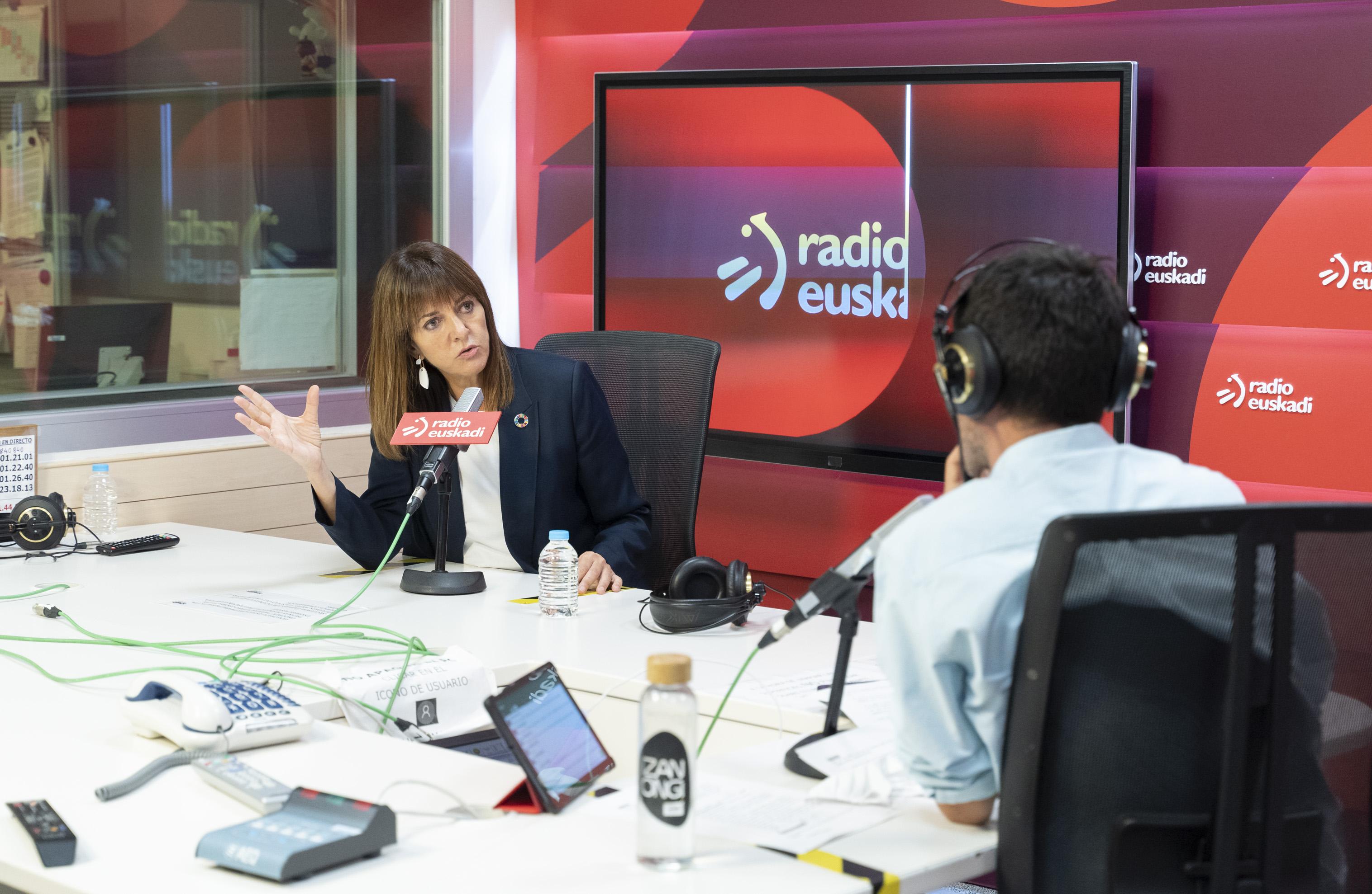 """Elkarrizketa Idoia Mendiari Radio Euskadiko """"Boulevard"""" saioan [0:00]"""