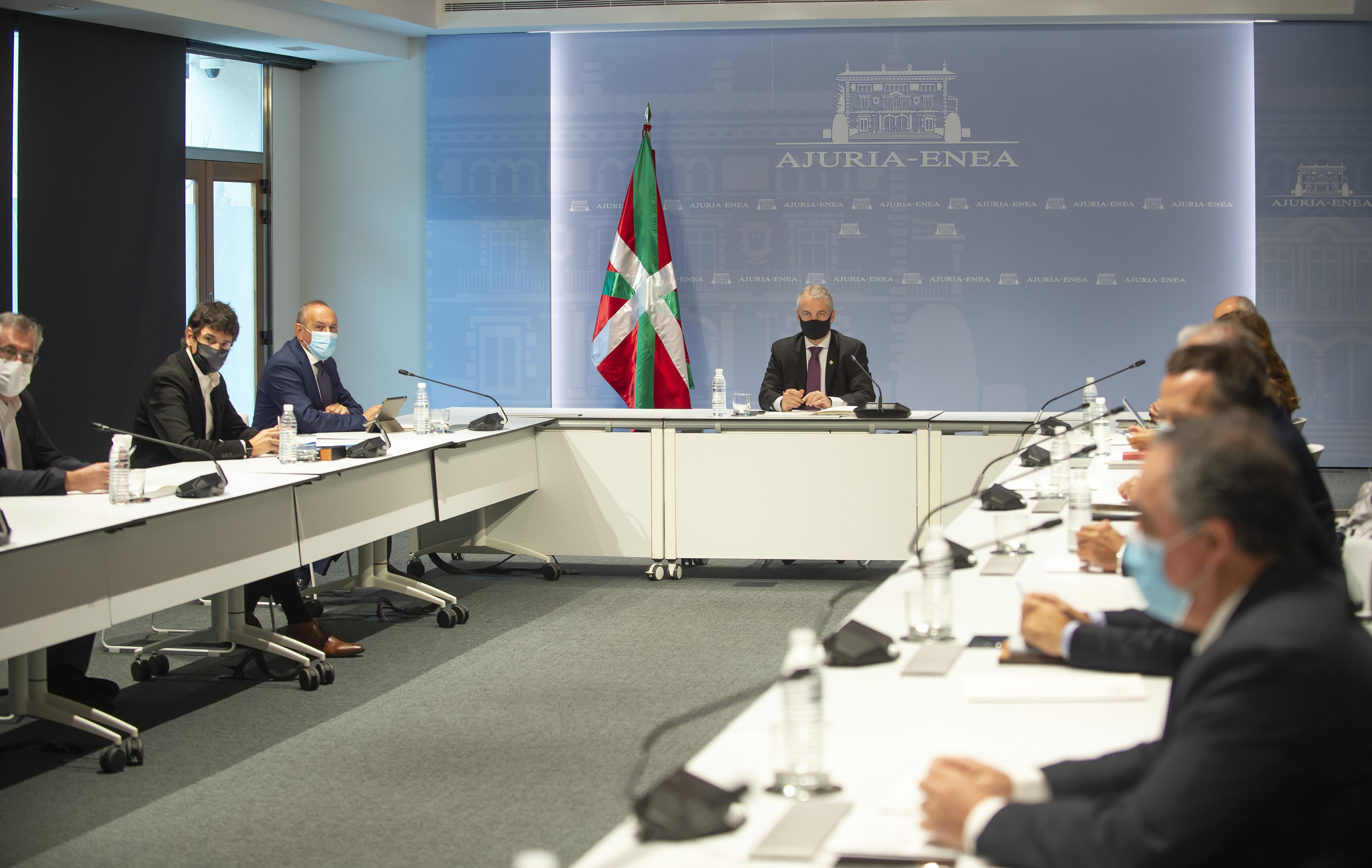 El Lehendakari preside una nueva reunión del Comité Asesor del Plan de Protección Civil de Euskadi [0:00]