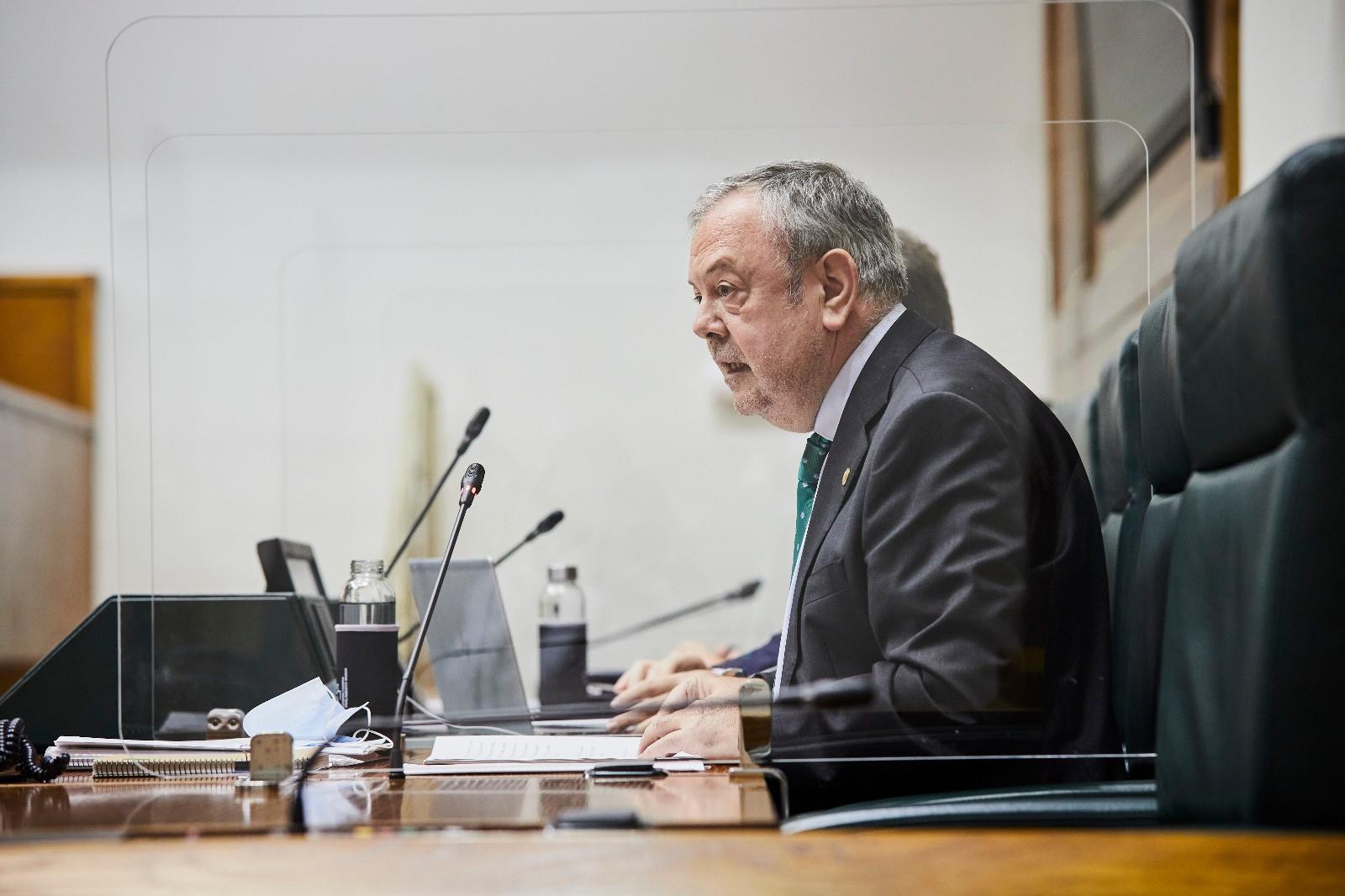Pedro Azpiazu fija como objetivo de la XII Legislatura la reconstrucción económica y social de Euskadi [0:00]