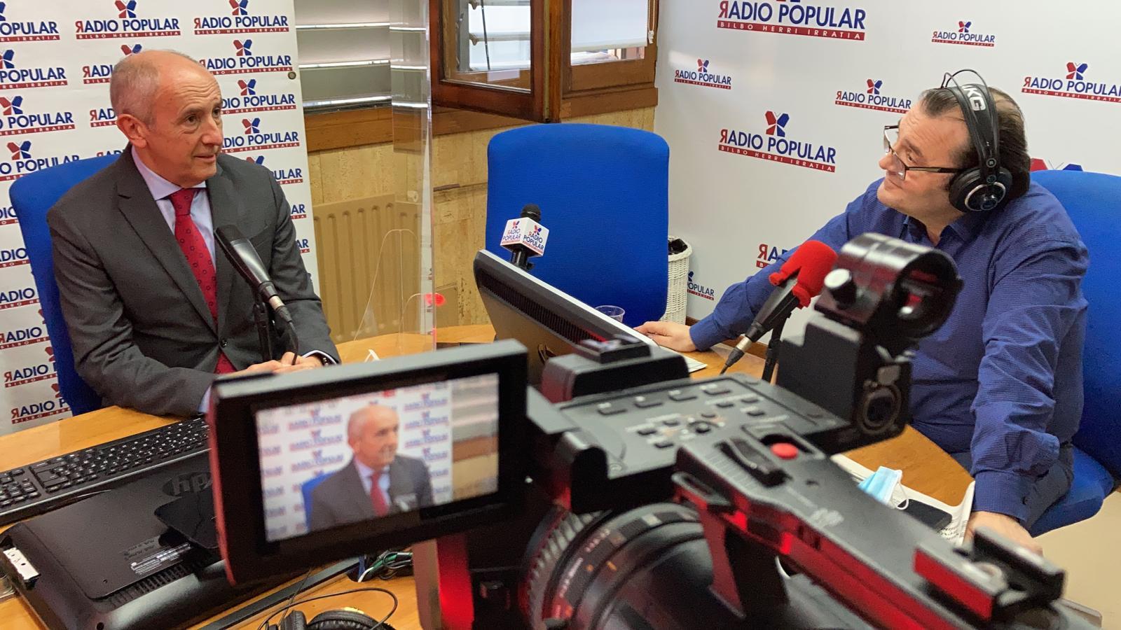 """El Vicelehendakari Primero y Consejero de Seguridad, Josu Erkoreka, entrevistado en el programa """"Egun on Bizkaia"""" Radio Popular  [0:00]"""