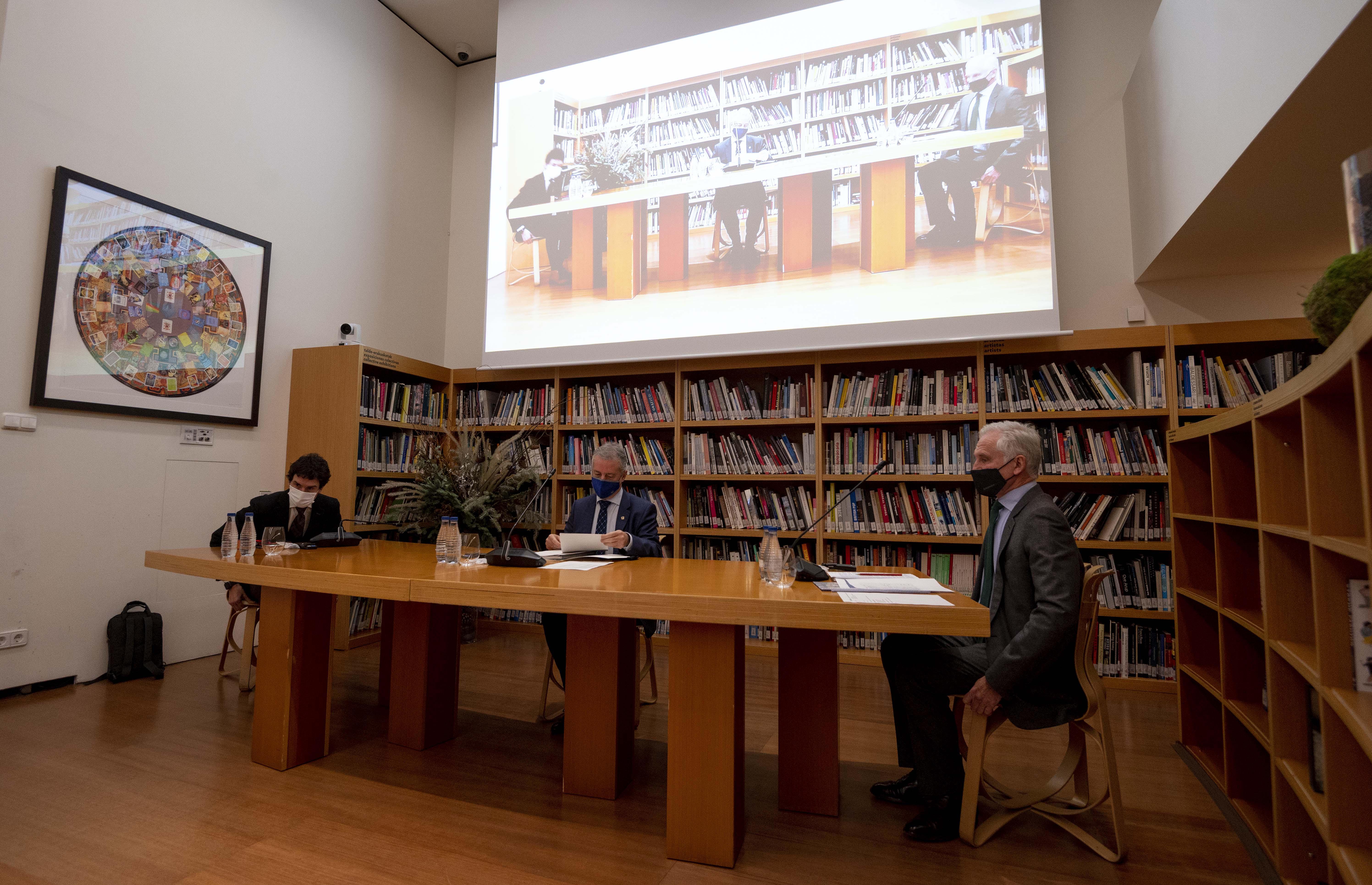 El Lehendakari preside la reunión del Patronato del Museo Guggenheim de Bilbao [1:20]