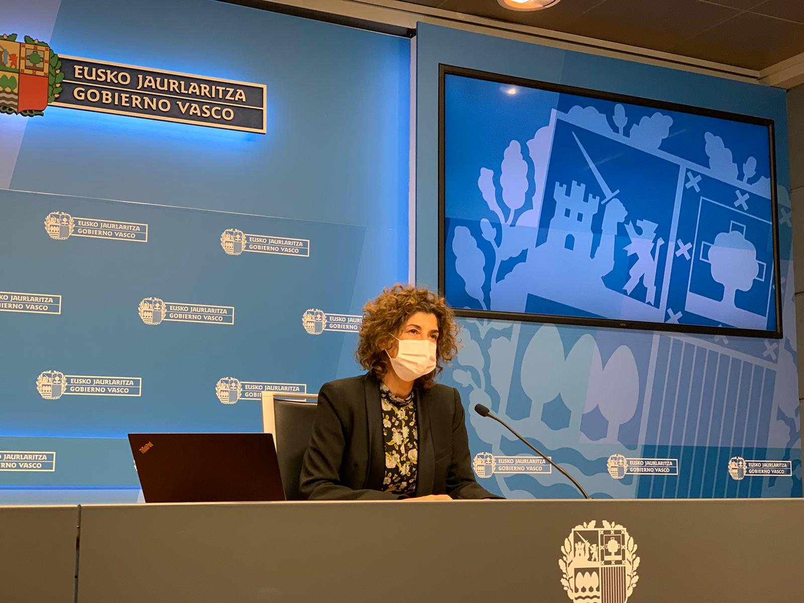 El paro registrado en Euskadi encadena un trimestre de descensos y baja en noviembre 6.035 personas [5:35]