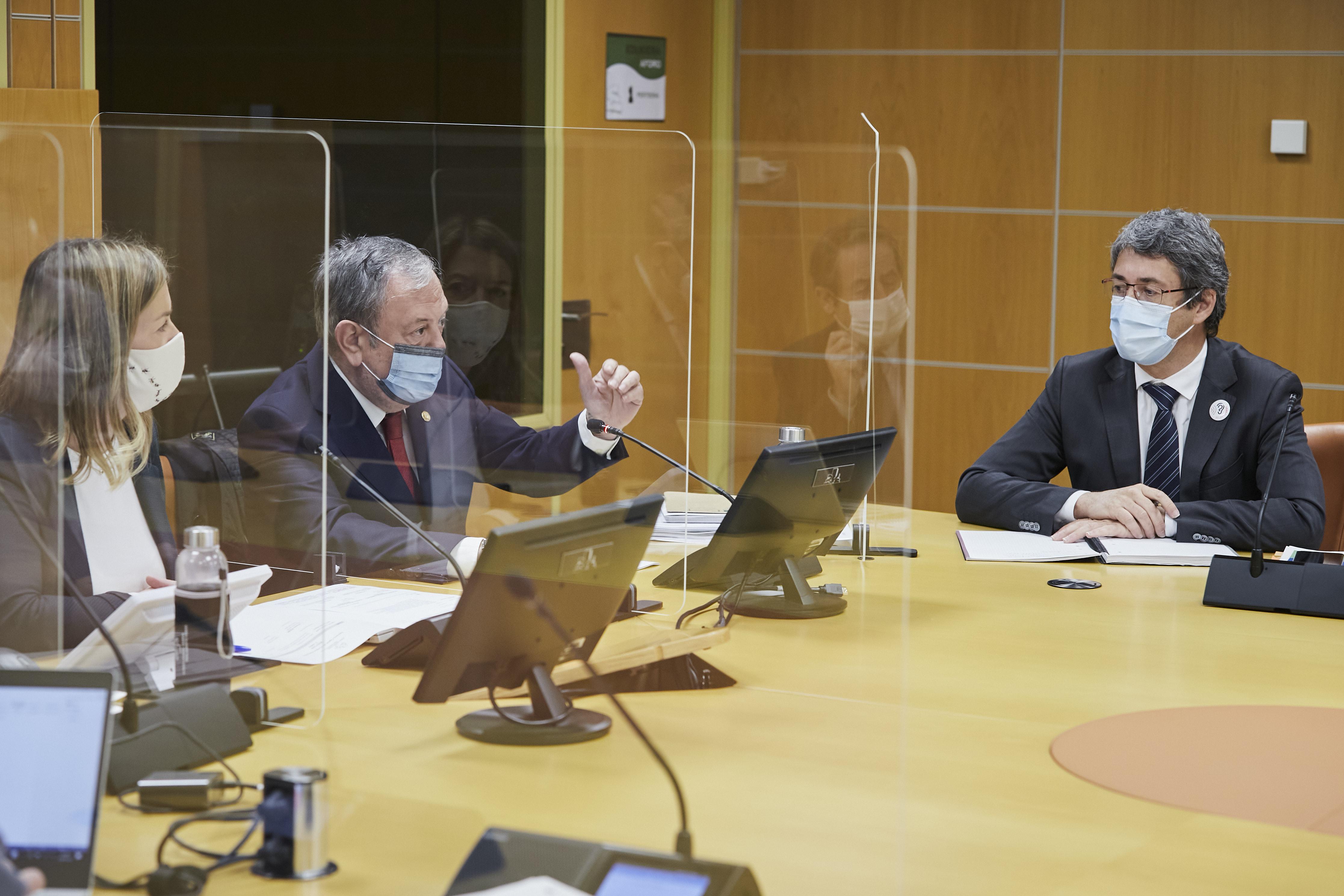 2020.12.09_Comision_de_Economia__Hacienda_y_Presupuestos_031.jpg