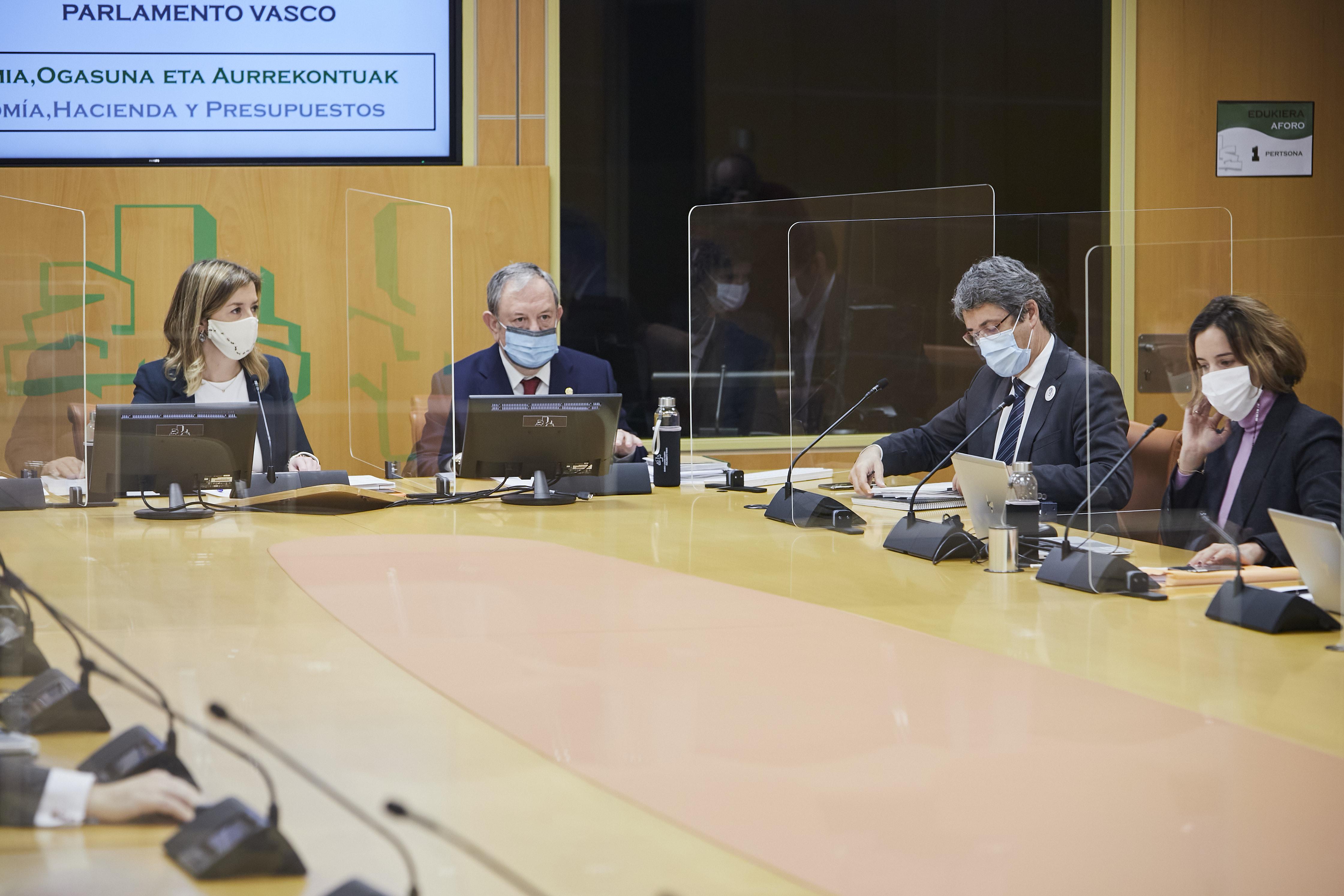 Comisión de Economía, Hacienda y Presupuestos [136:09]