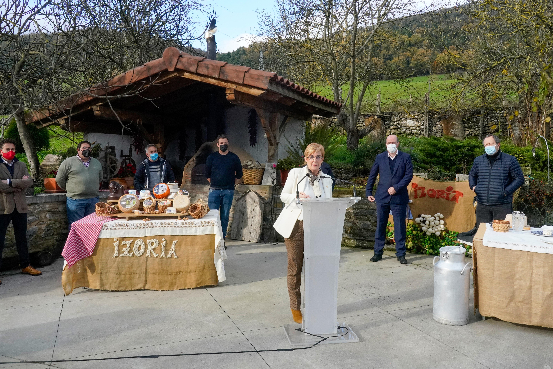 Nacen los quesos elaborados con leche Eusko Label con el objeto de incrementar la competitividad del sector lácteo de Euskadi [8:55]