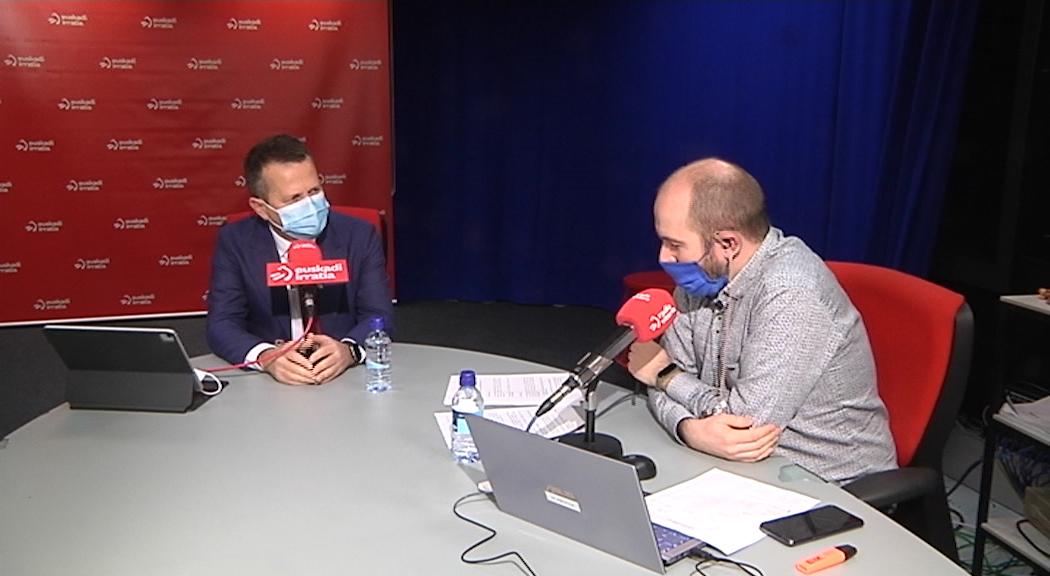 Entrevista con Jokin Bildarratz en Euskadi Irratia [25:53]
