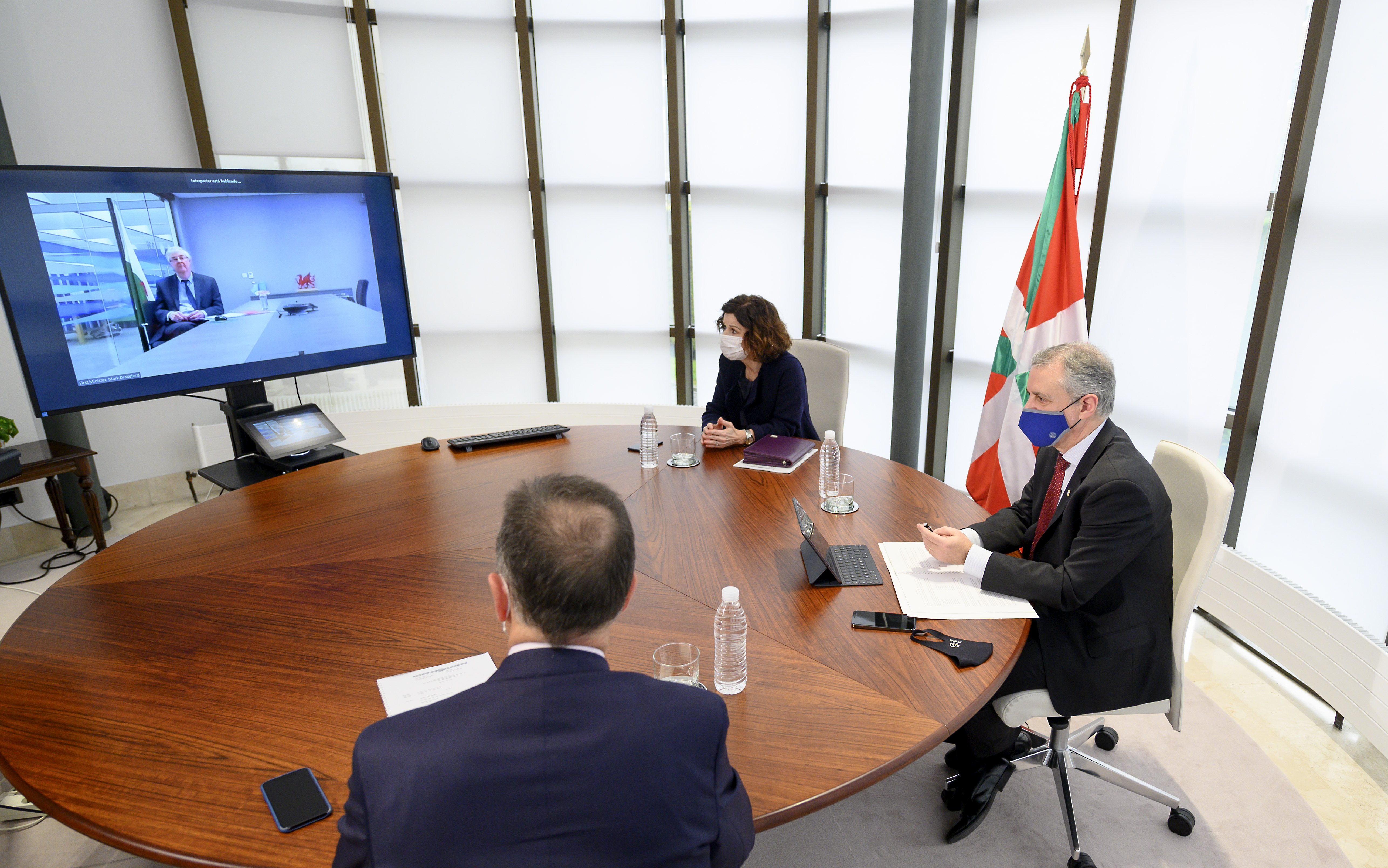 """Euskadi y Gales mantienen su relación de cooperación en """"tiempo de pandemia"""" y en esta """"etapa post Brexit"""" [4:35]"""