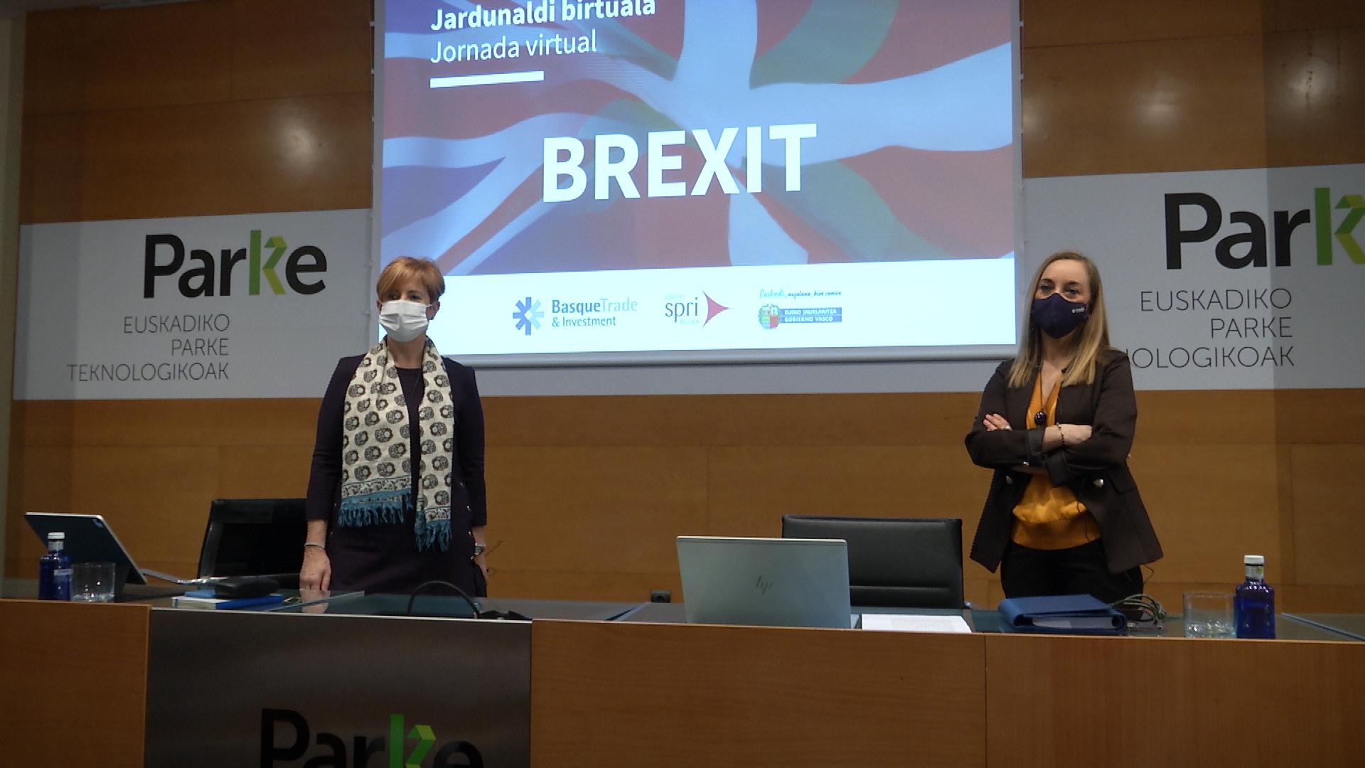 """Arantxa Tapia: """"Las empresas vascas seguirán haciendo negocios con el Reino Unido"""" [9:20]"""