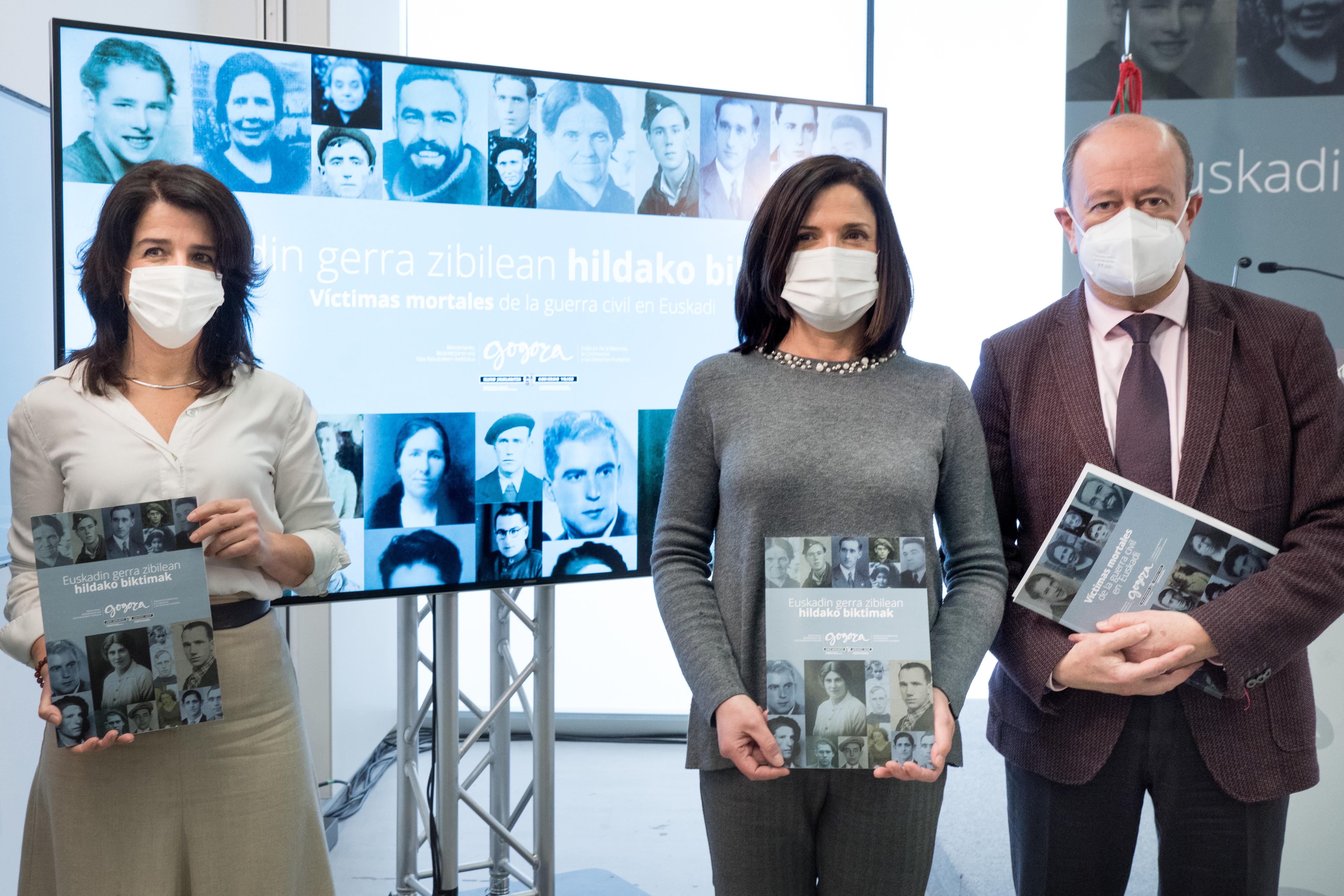 Beatriz Artolazabal ha presentado la versión web de la base de datos de víctimas mortales de la Guerra Civil en Euskadi [23:34]