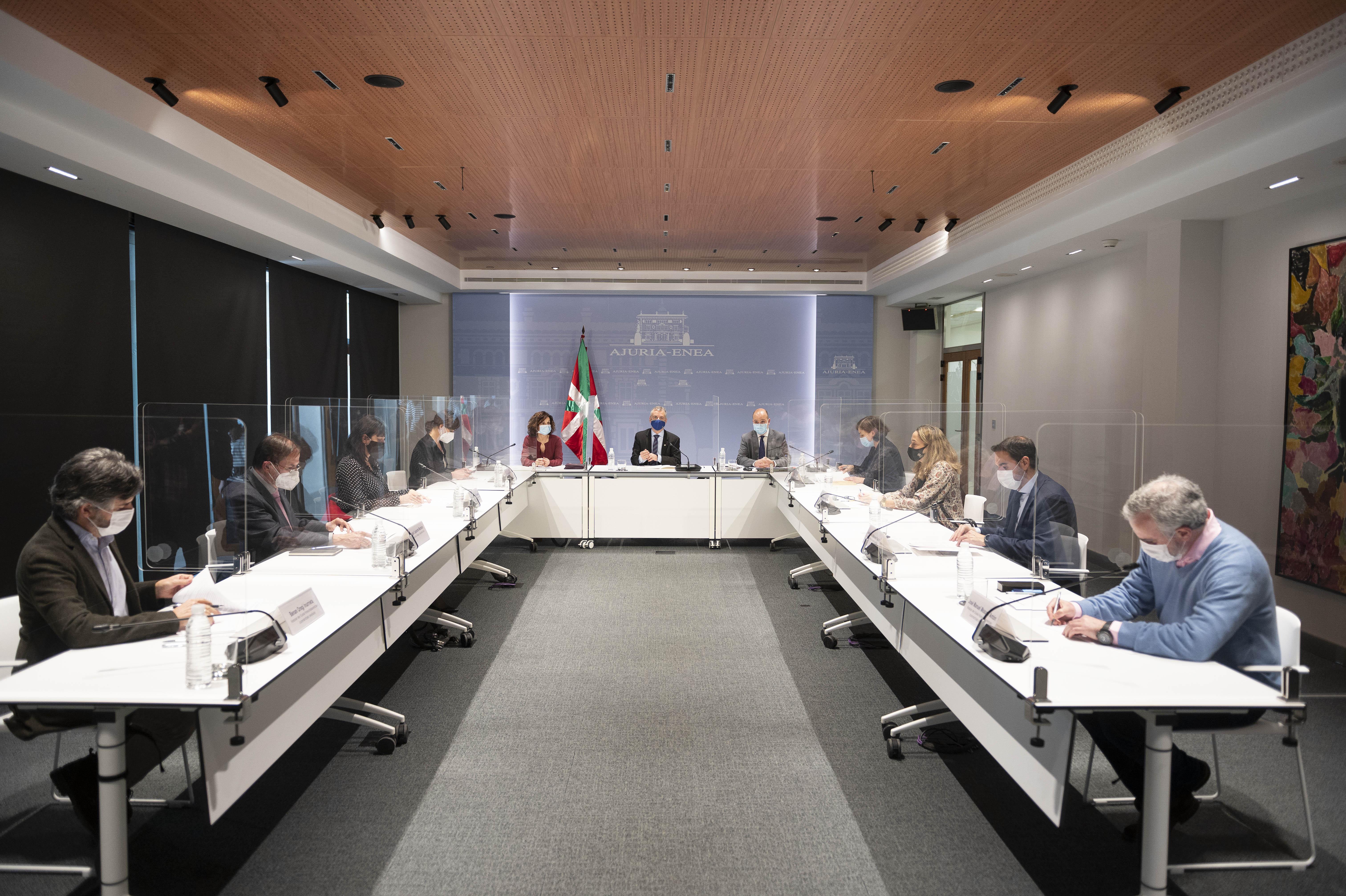 El Lehendakari preside la primera reunión del Consejo Asesor de Colectividades Vascas de esta nueva legislatura [1:07]