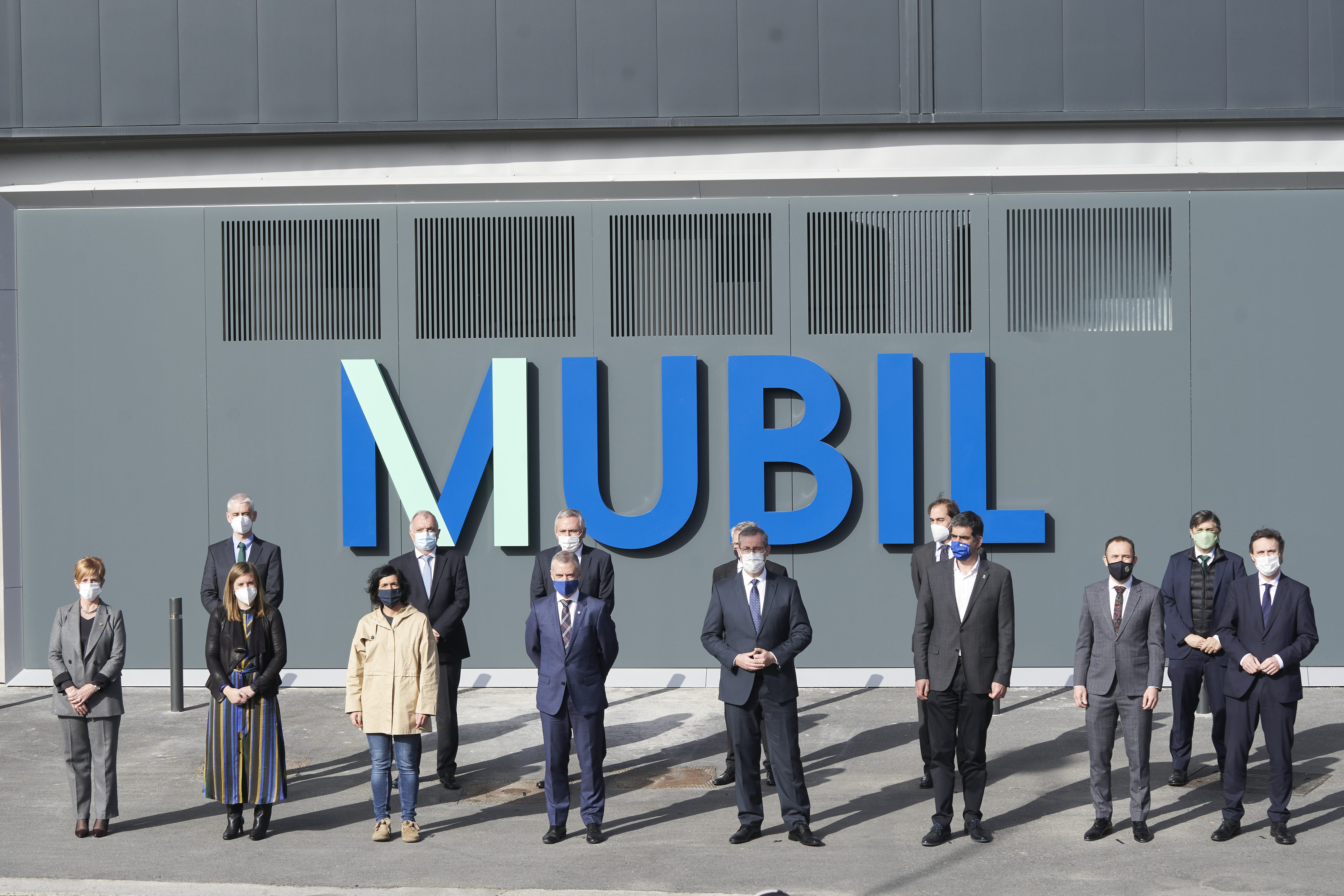 El Lehendakari asiste a la apertura del Centro de Electromovilidad MUBIL [8:10]
