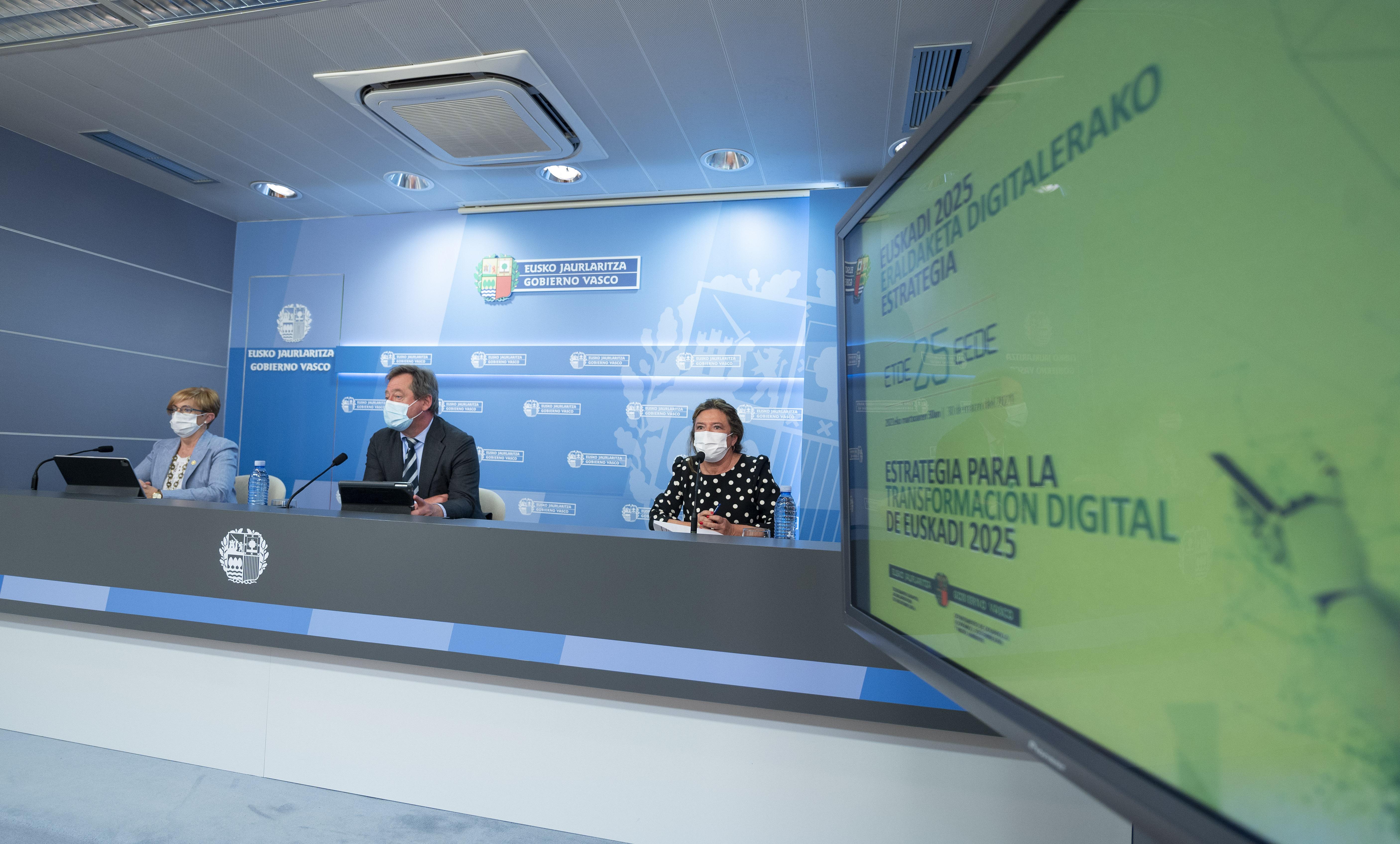 """El Gobierno Vasco aprueba la """"Estrategia para la Transformación Digital de Euskadi 2025"""" dotado con 1.400 millones de euros [64:55]"""