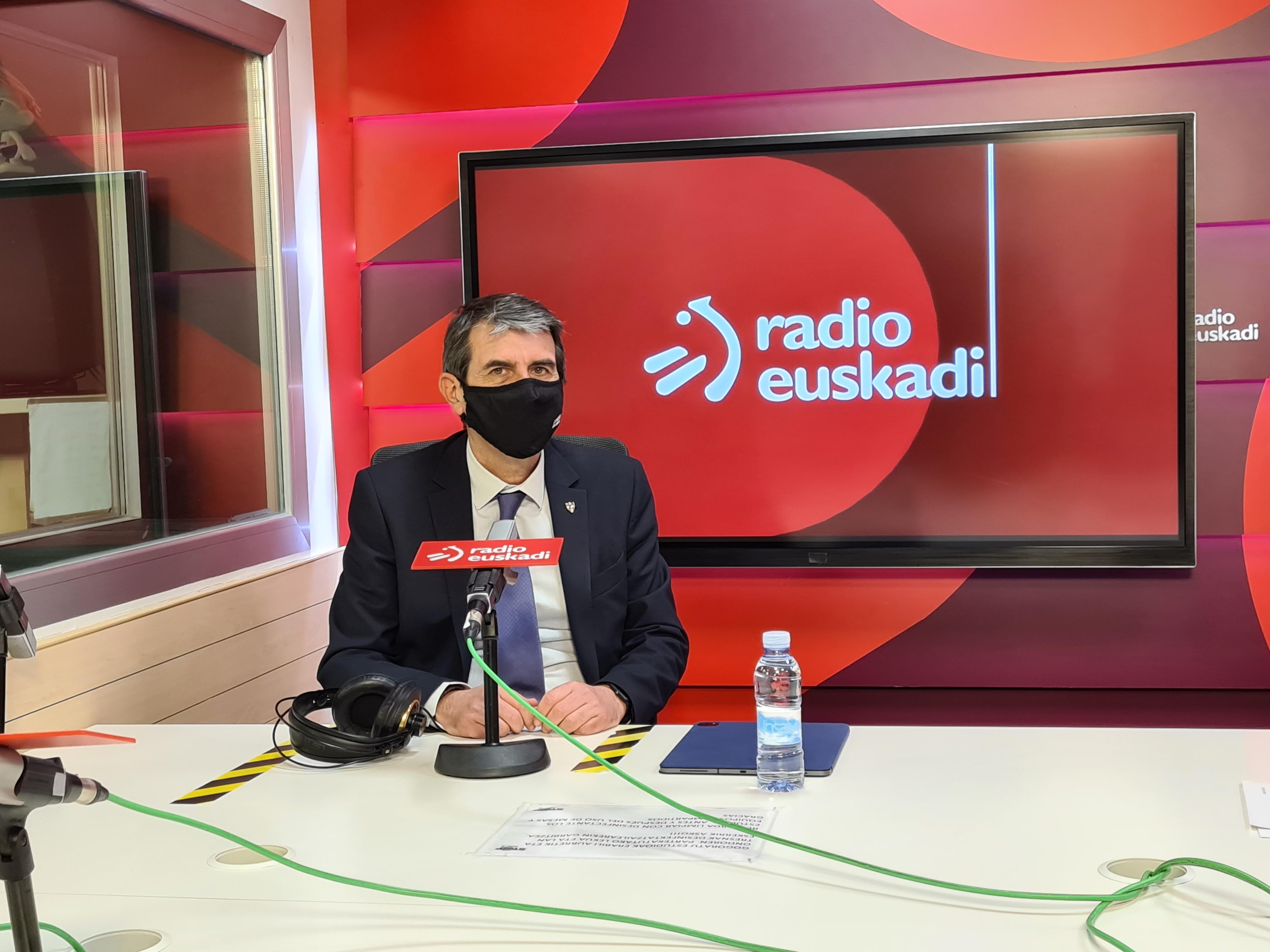 Josu Zubiaga Segurtasuneko Sailburuordeari elkarrizketa egin diote Radio Euskadin [16:04]