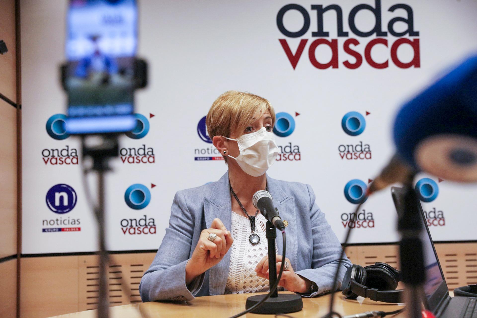 """Tapia: """"Eusko Jaurlaritza lanean ari da Euskadi enpresentzako ekosistema erakargarria izan dadin, eta prest egon daitezen pandemia osterako"""" [22:44]"""