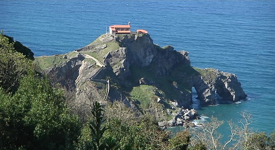 Eusko Jaurlaritzak Gaztelugatxeko San Juan babes bereziko kultura-ondasun izendatu du, kultura-paisaiaren kategoriarekin [10:27]