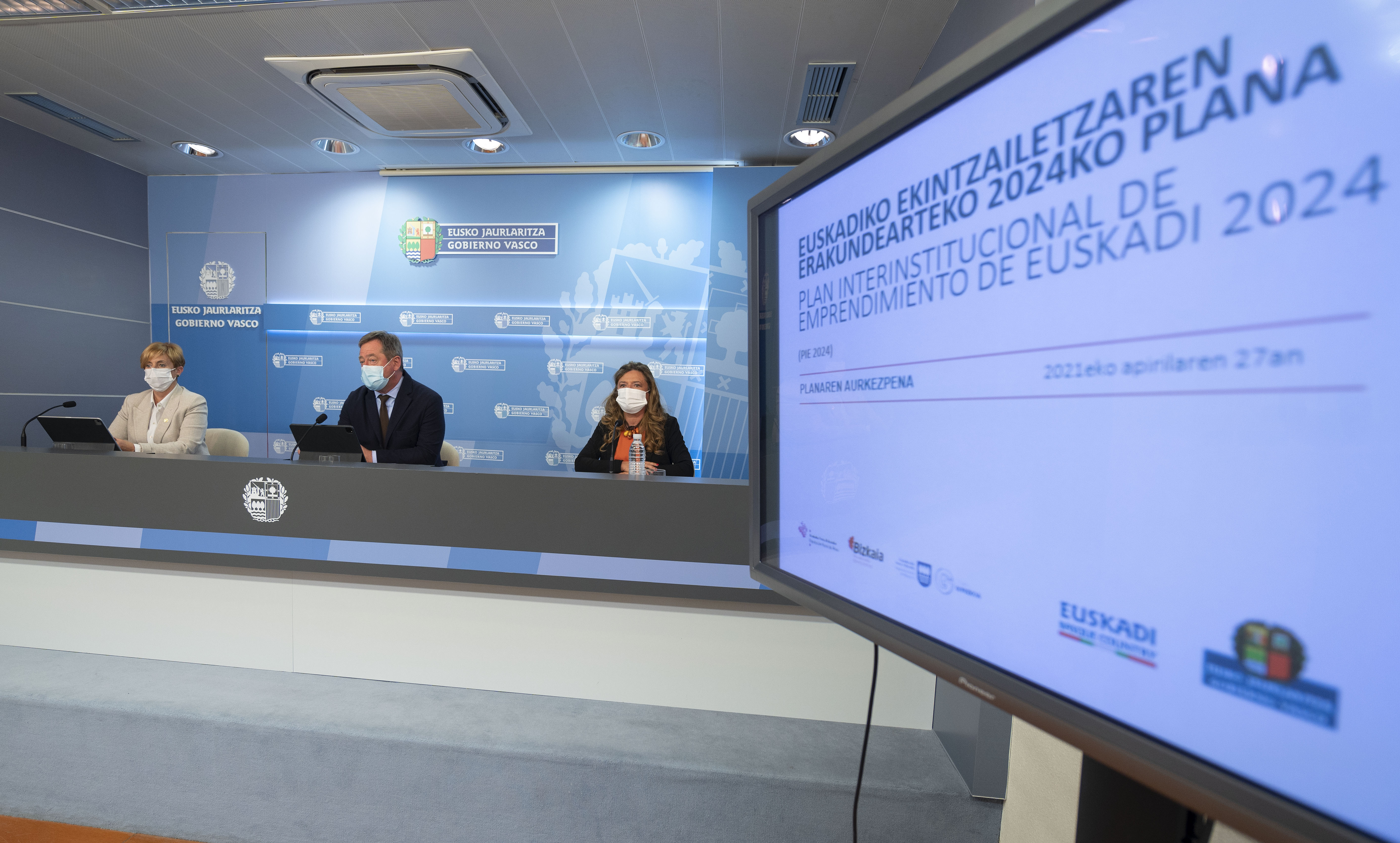Euskadi refuerza el ecosistema y la financiación del emprendimiento como palanca de transformación económica y social [92:06]