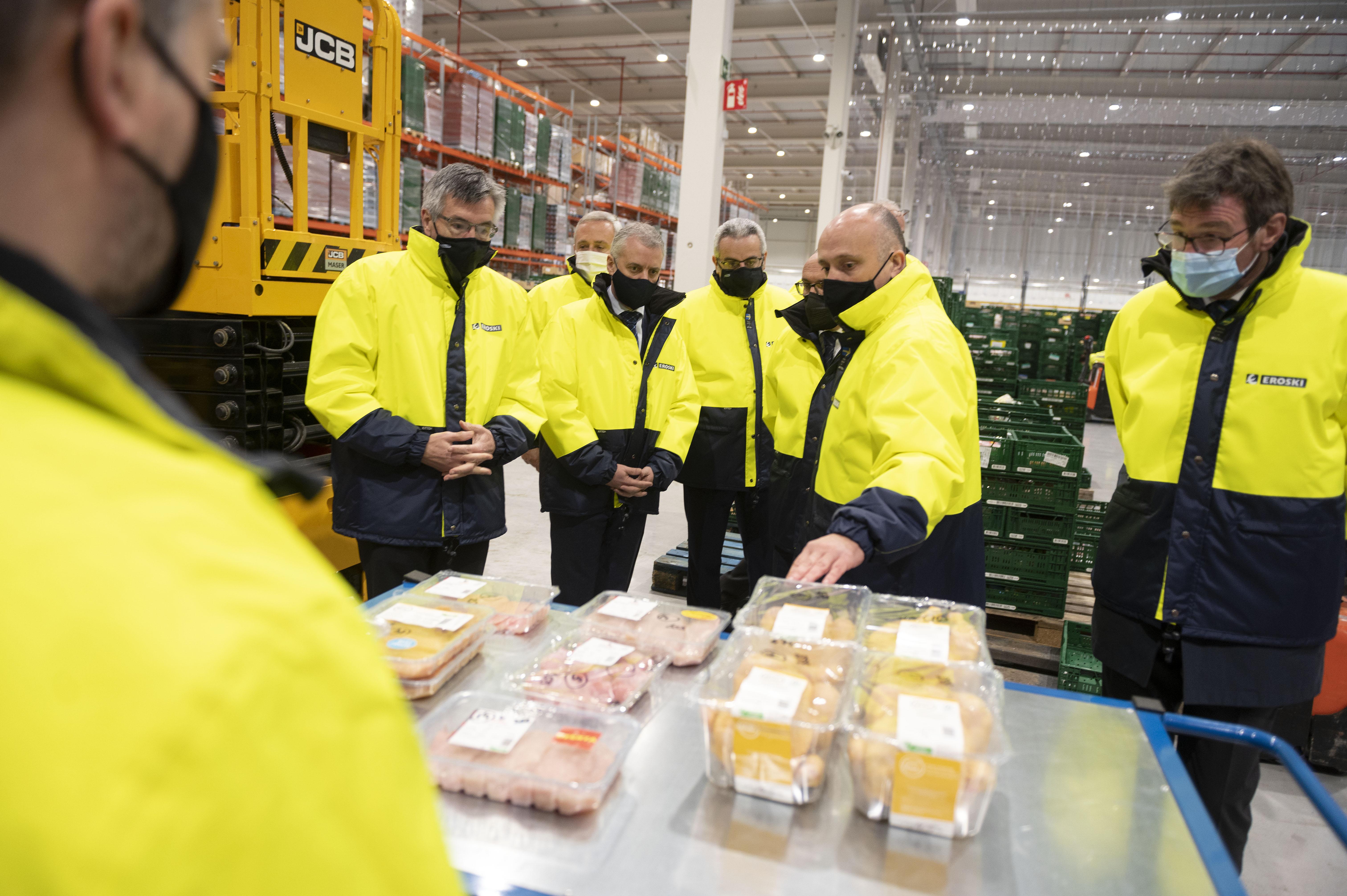 El Lehendakari inaugura la nueva plataforma de distribución de productos frescos de Eroski [6:59]