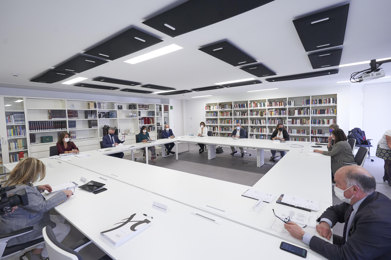 El Lehendakari preside la reunión del Consejo de Dirección de Gogora [1:19]