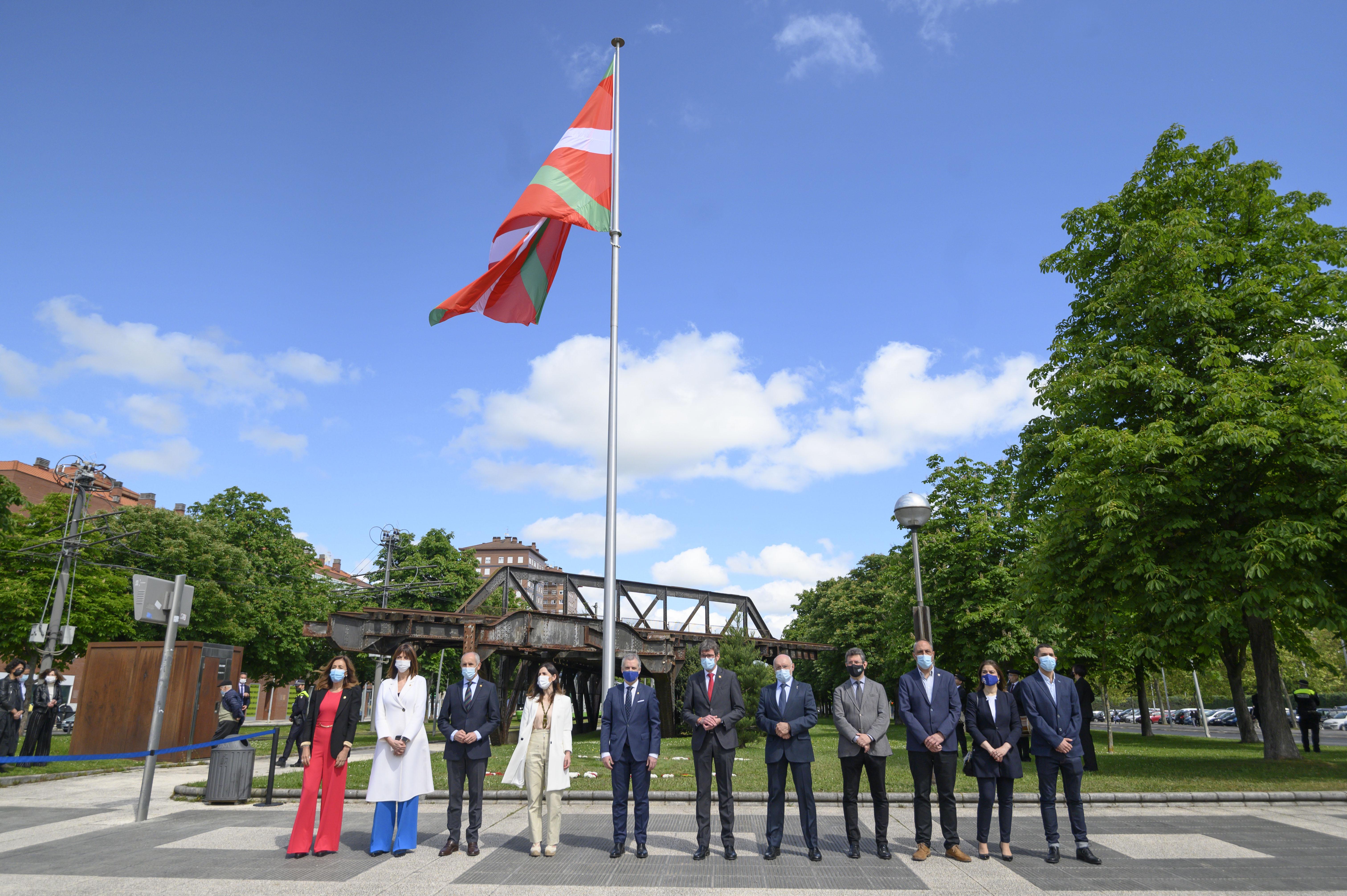 El Lehendakari y el Alcalde de Vitoria-Gasteiz ratifican la renovación del Convenio de Colaboración en el que se designa a Vitoria-Gasteiz como sede de las Instituciones Comunes [3:01]