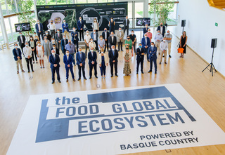 0/tapia the food global ecosystem recusrsos total