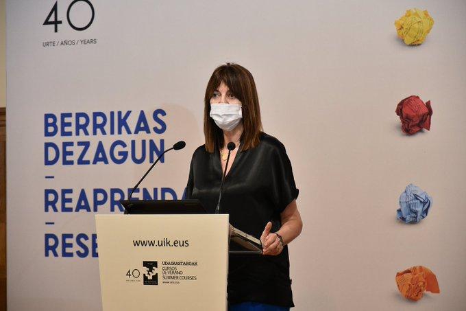 La vicelehendakari se compromete a una estrategia de salud laboral que integre la responsabilidad pública y personal [13:14]