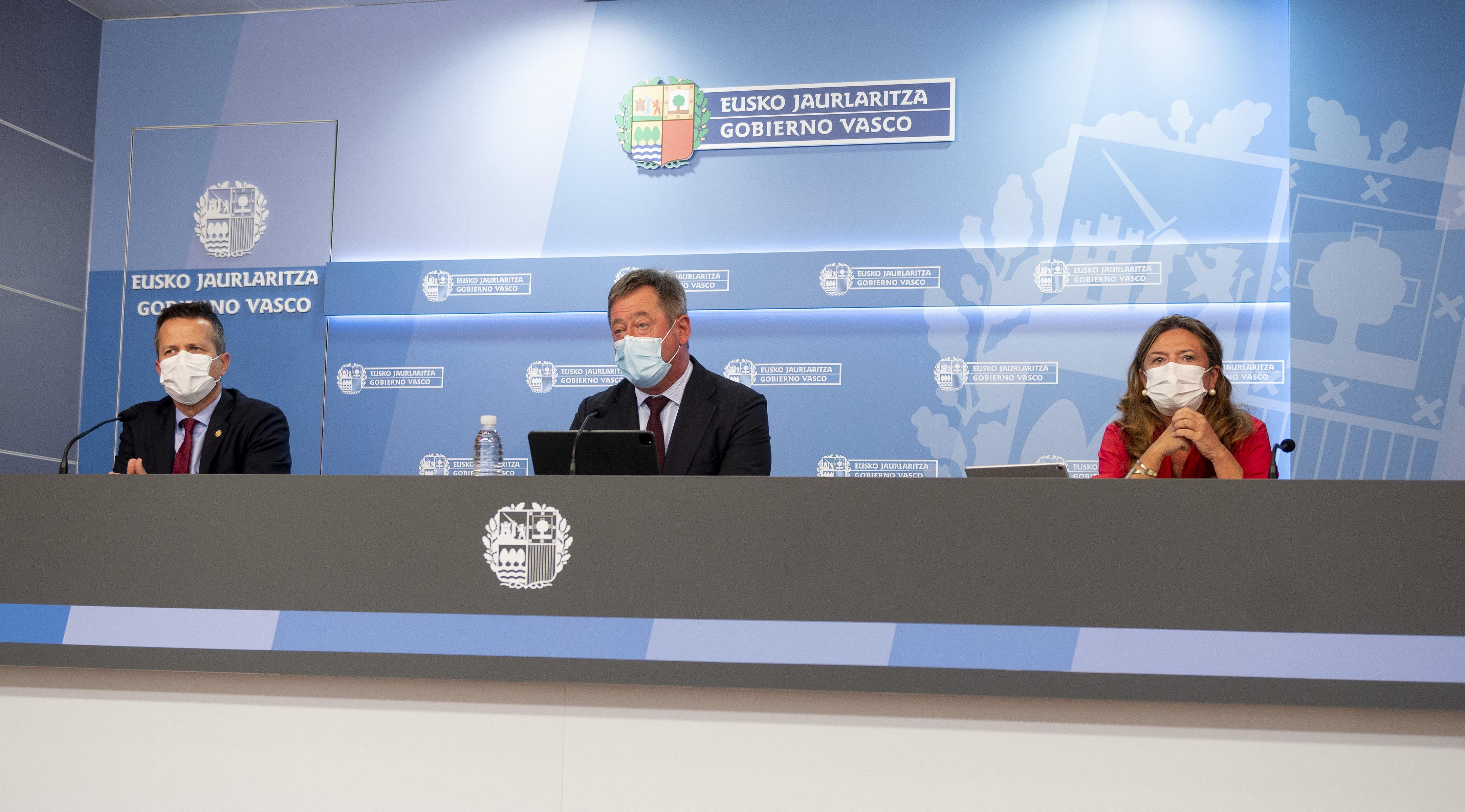 El Gobierno Vasco espera que la remodelación del Gobierno de España sirva para avanzar en el desarrollo del Estatuto y la gestión de los Fondos europeos [57:24]